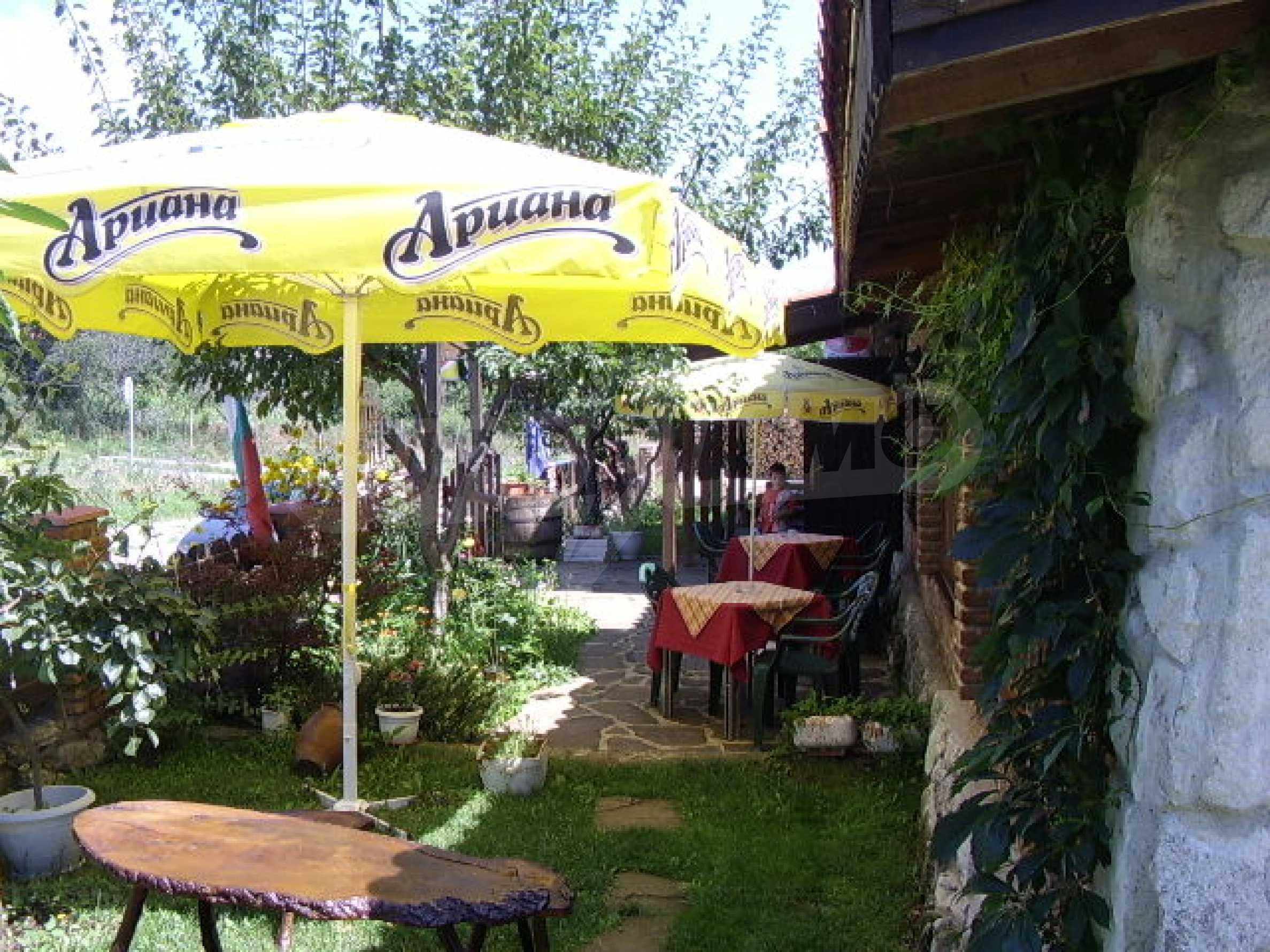 Gästehaus mit Taverne 5