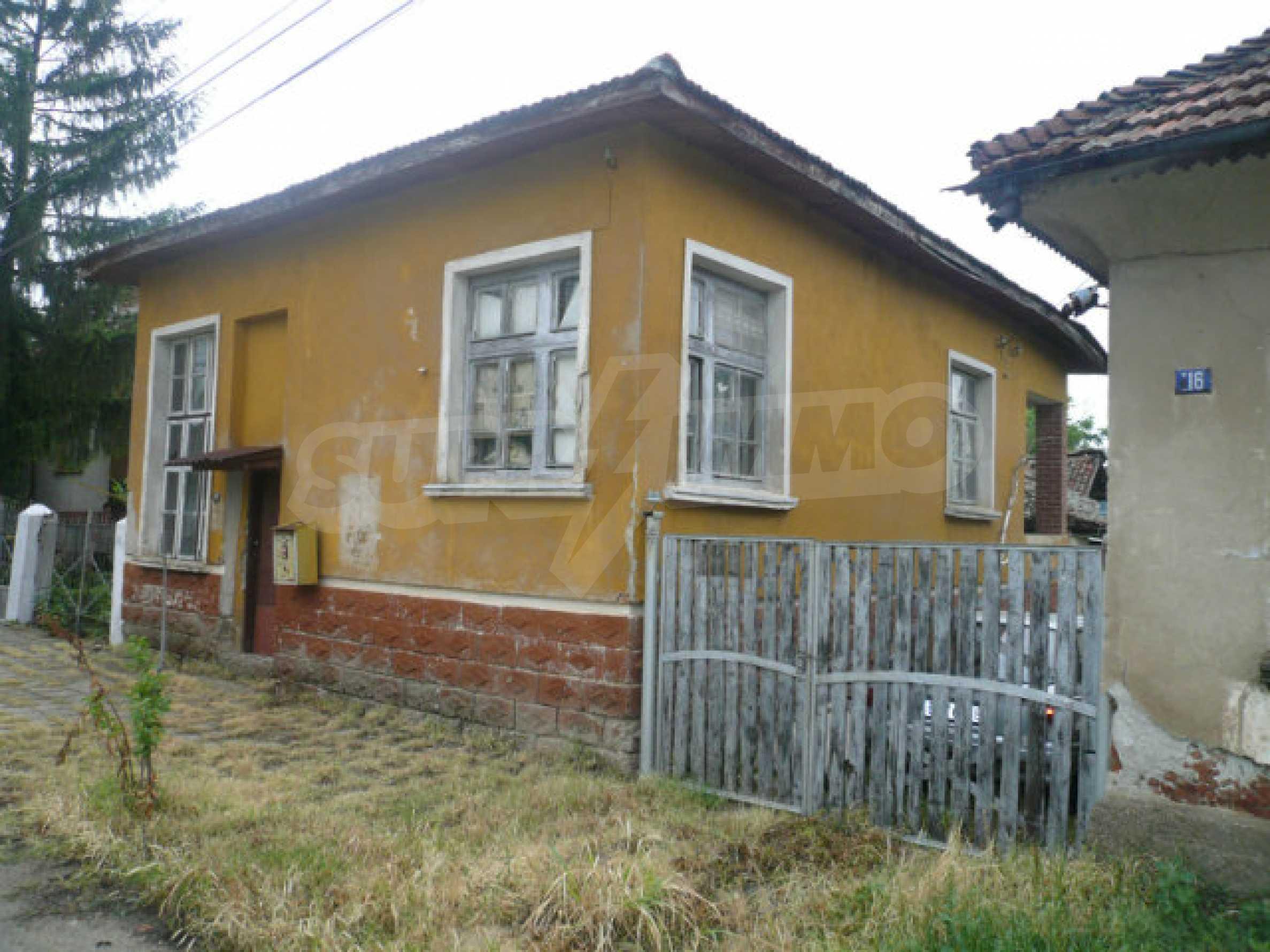 Solid rural house near Vidin 2