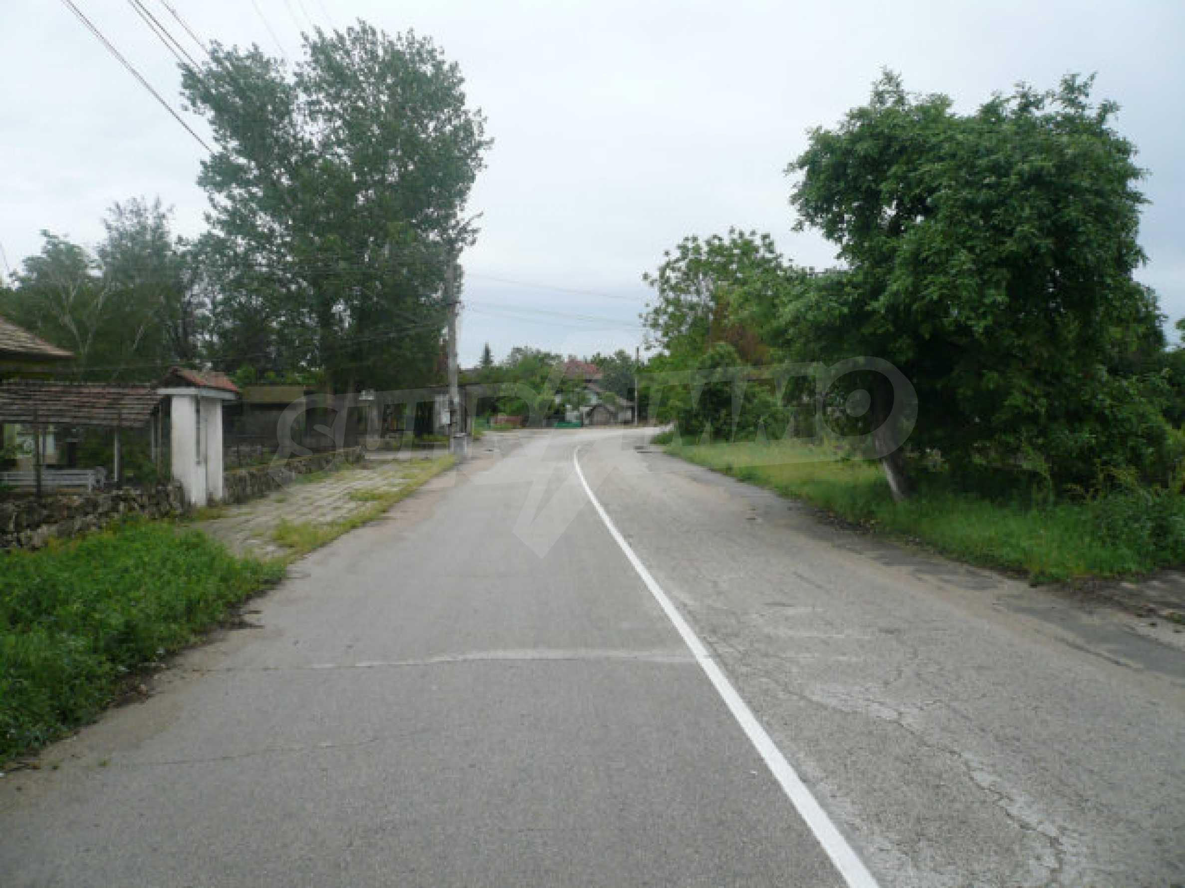 Solid rural house near Vidin 8