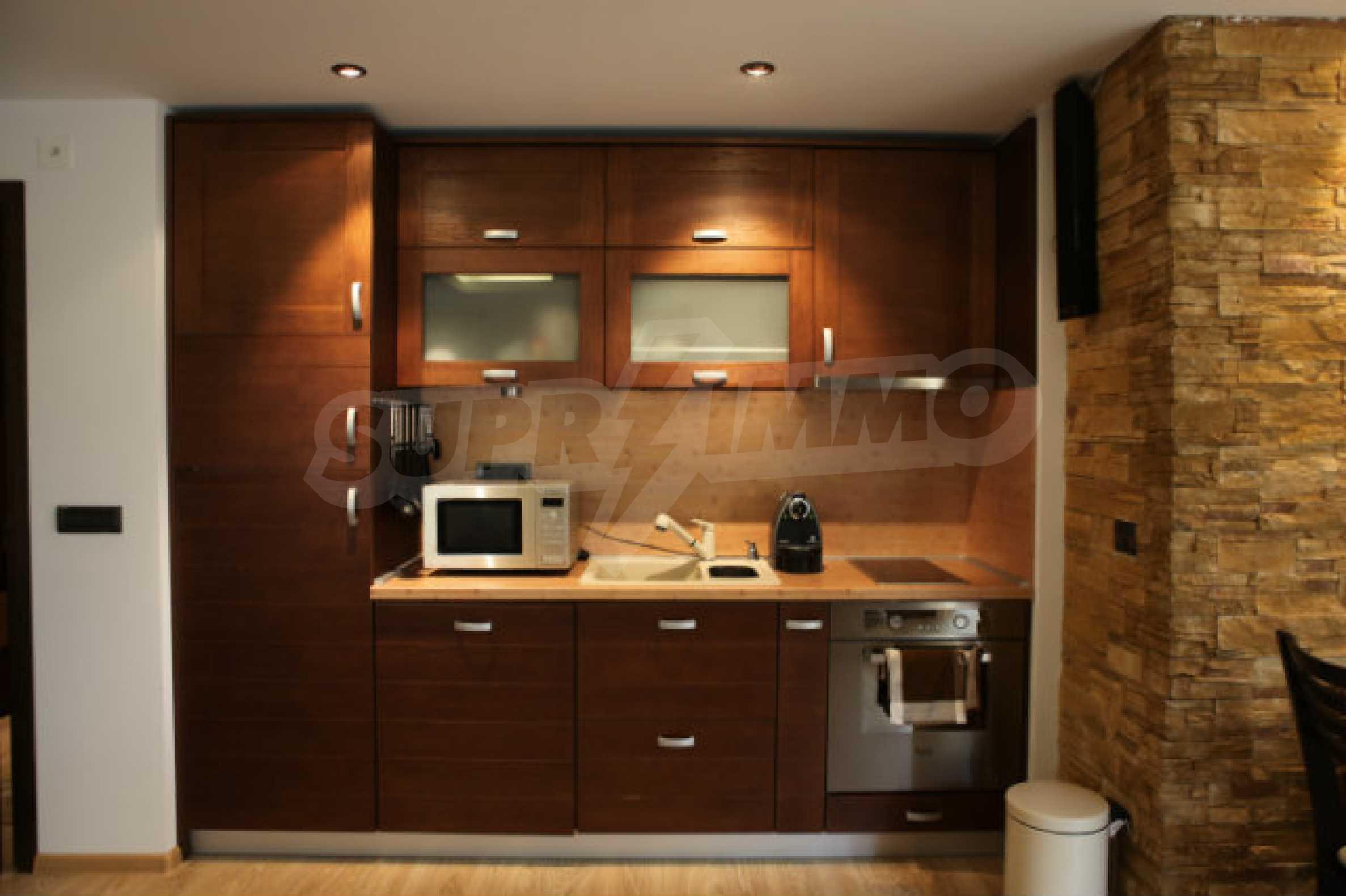 Stilvolles Apartment mit 1 Schlafzimmer in der Central VIP Residence 1