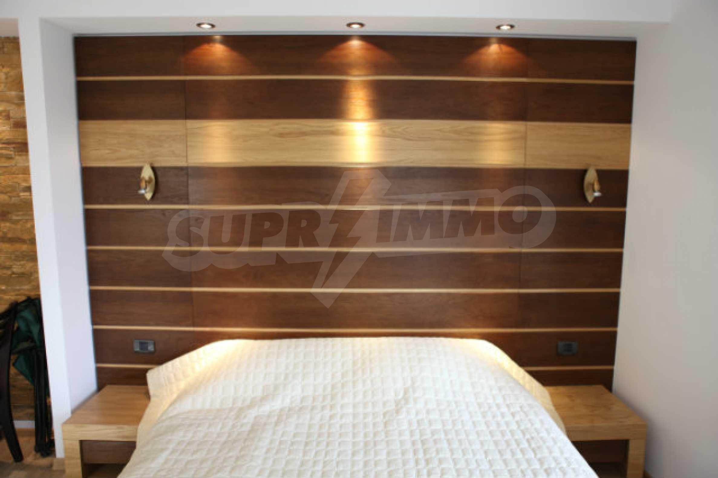 Stilvolles Apartment mit 1 Schlafzimmer in der Central VIP Residence 5