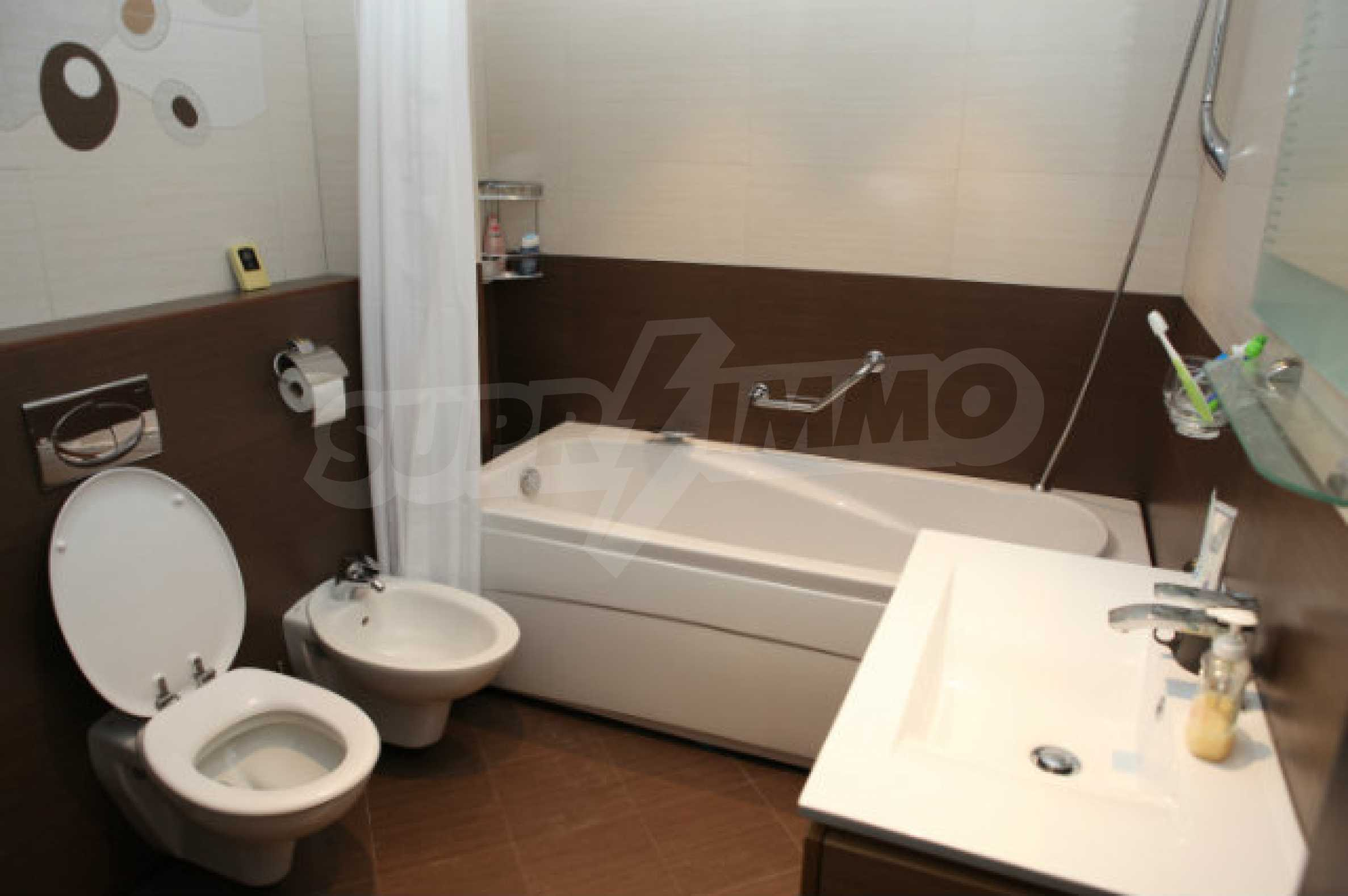 Stylish one-bedroom apartment in Central VIP Residence 7