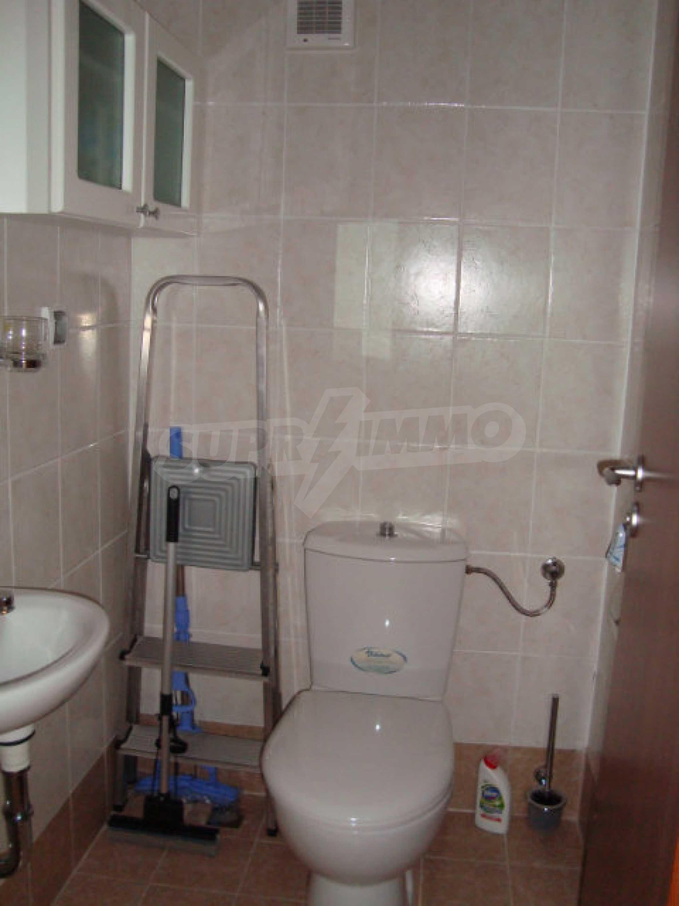 Zwei-Zimmer-Wohnung in Saint Nicholas Komplex in Chernomorets 13