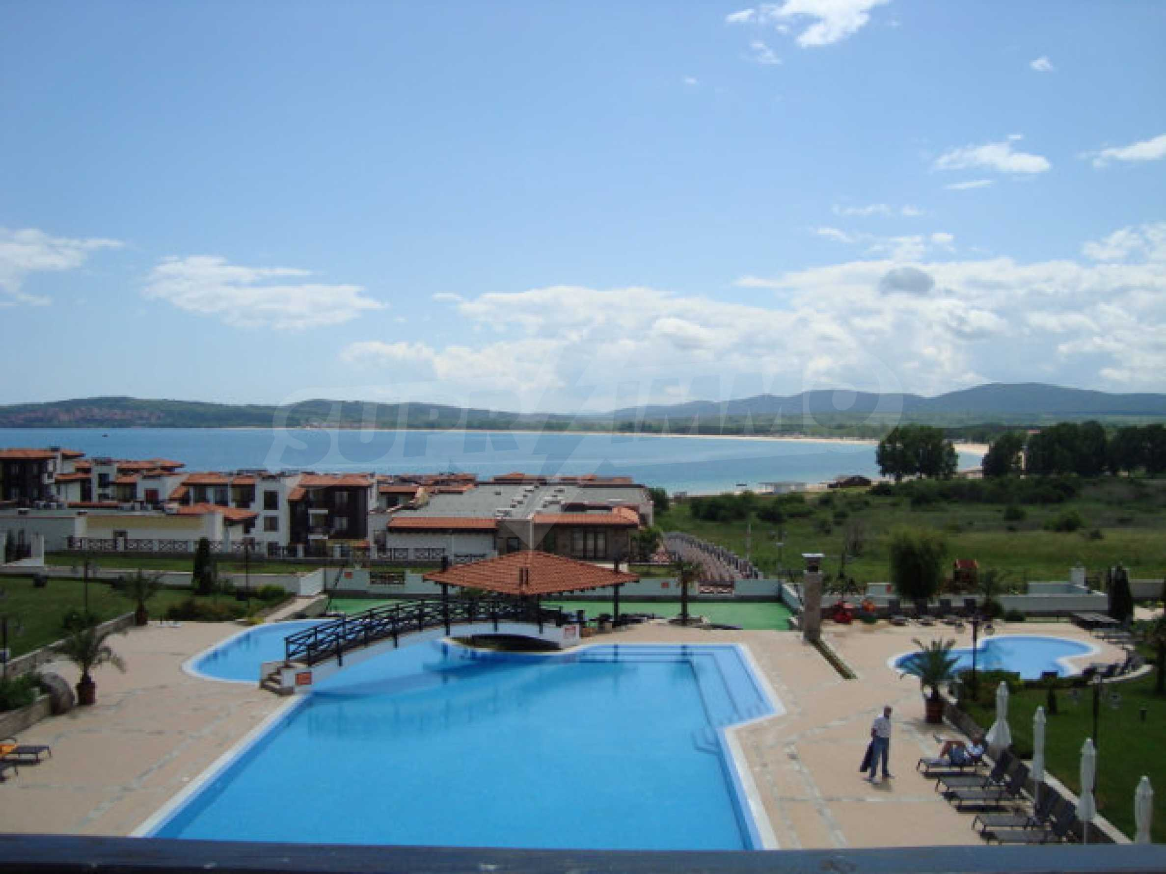 Two-bedroom apartment in Saint Nicholas complex in Chernomorets 22