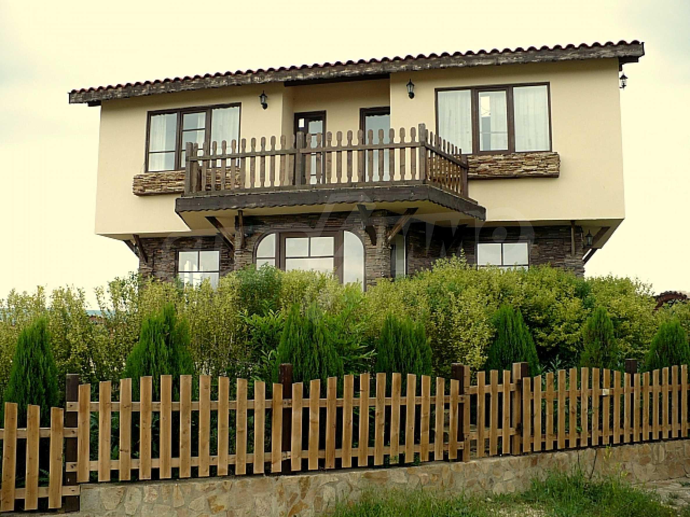 Zweistöckiges Haus, 5 km vom Strand von Albena Resort entfernt