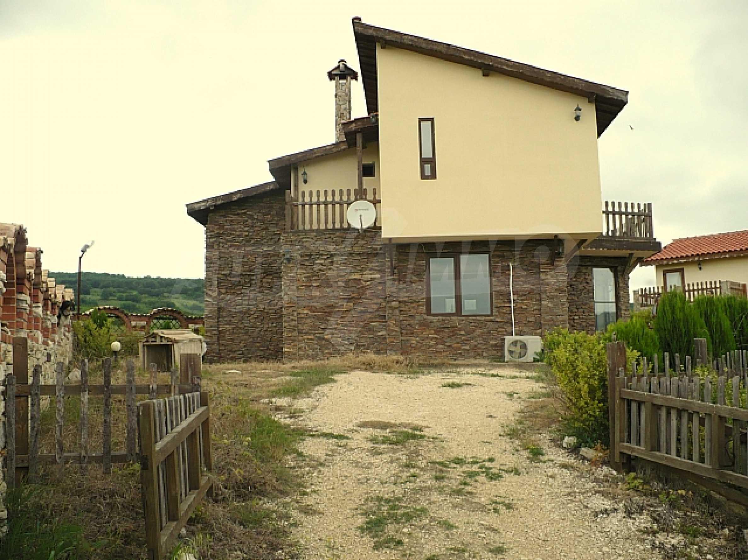 Zweistöckiges Haus, 5 km vom Strand von Albena Resort entfernt 1
