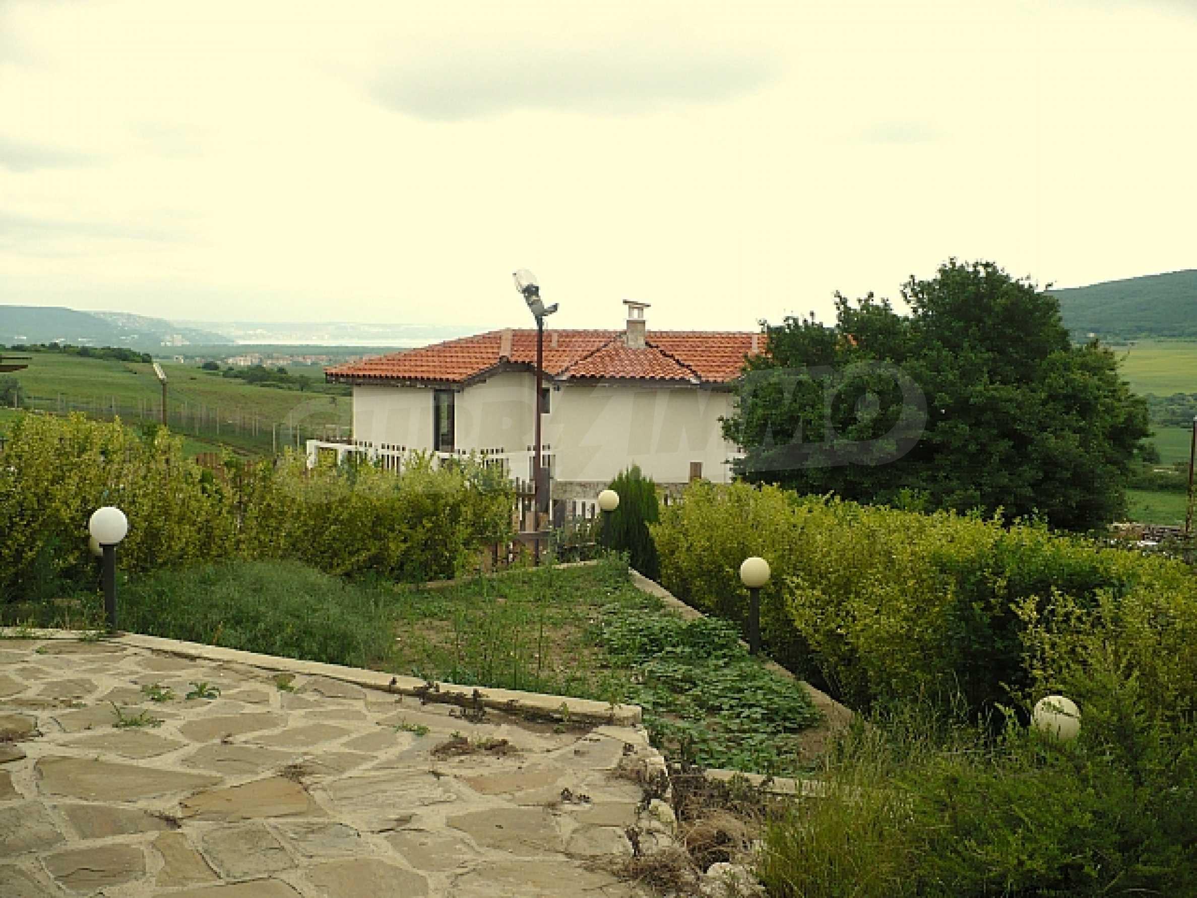 Zweistöckiges Haus, 5 km vom Strand von Albena Resort entfernt 3