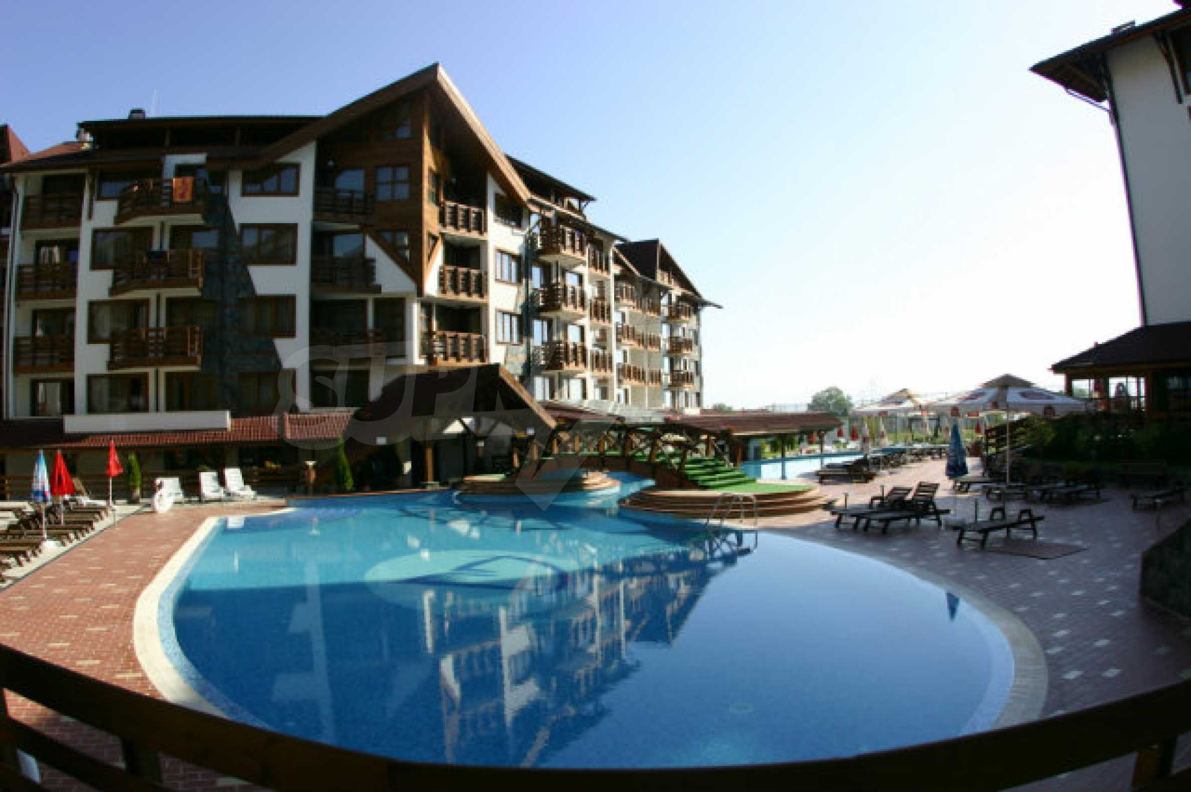 Möbliertes 2-Raum-Apartment im modernen Komplex Belvedere Holiday Club in Bansko    2