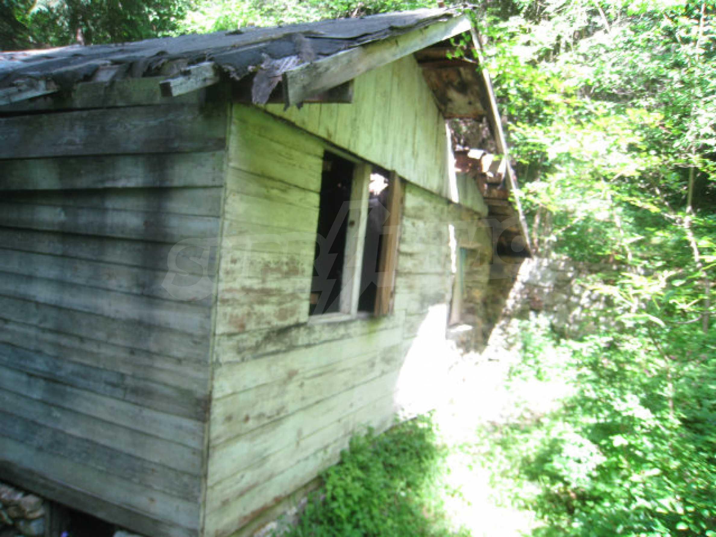 Haus zum Verkauf in einem Dorf 48 km von Svoge 6