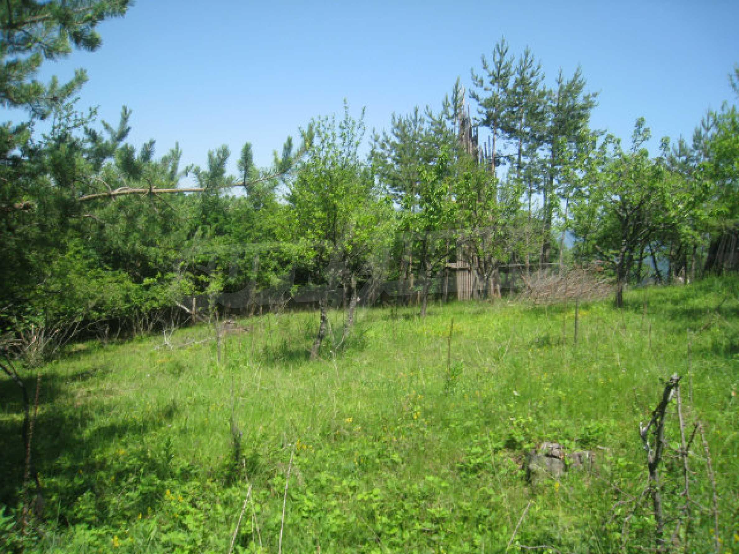 Grundstück zum Verkauf in der Villenzone von Svoge 23