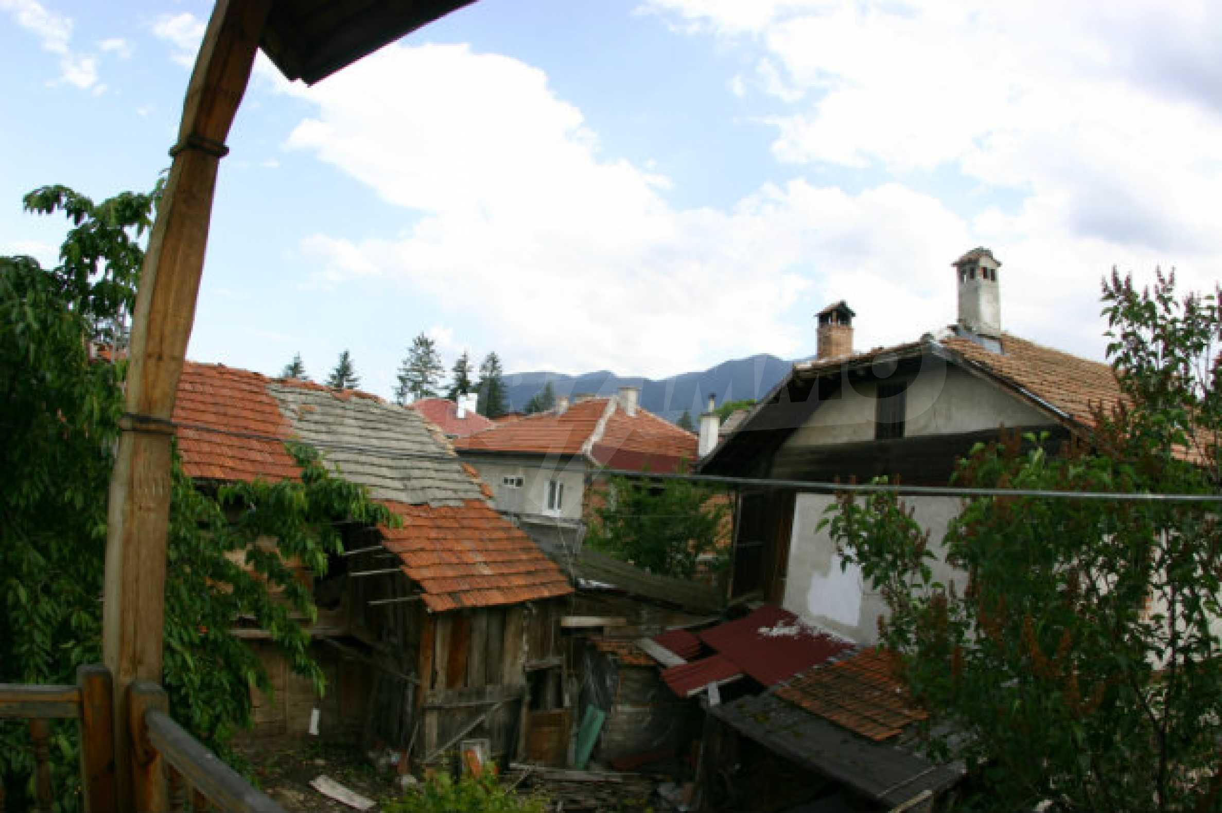 Two-storey house for sale in Bansko 17