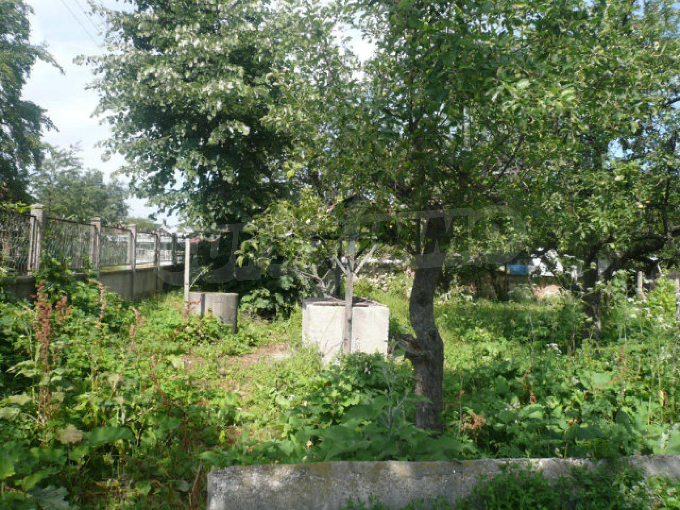 Geräumiges Haus mit Garten in einem ruhigen Dorf 12