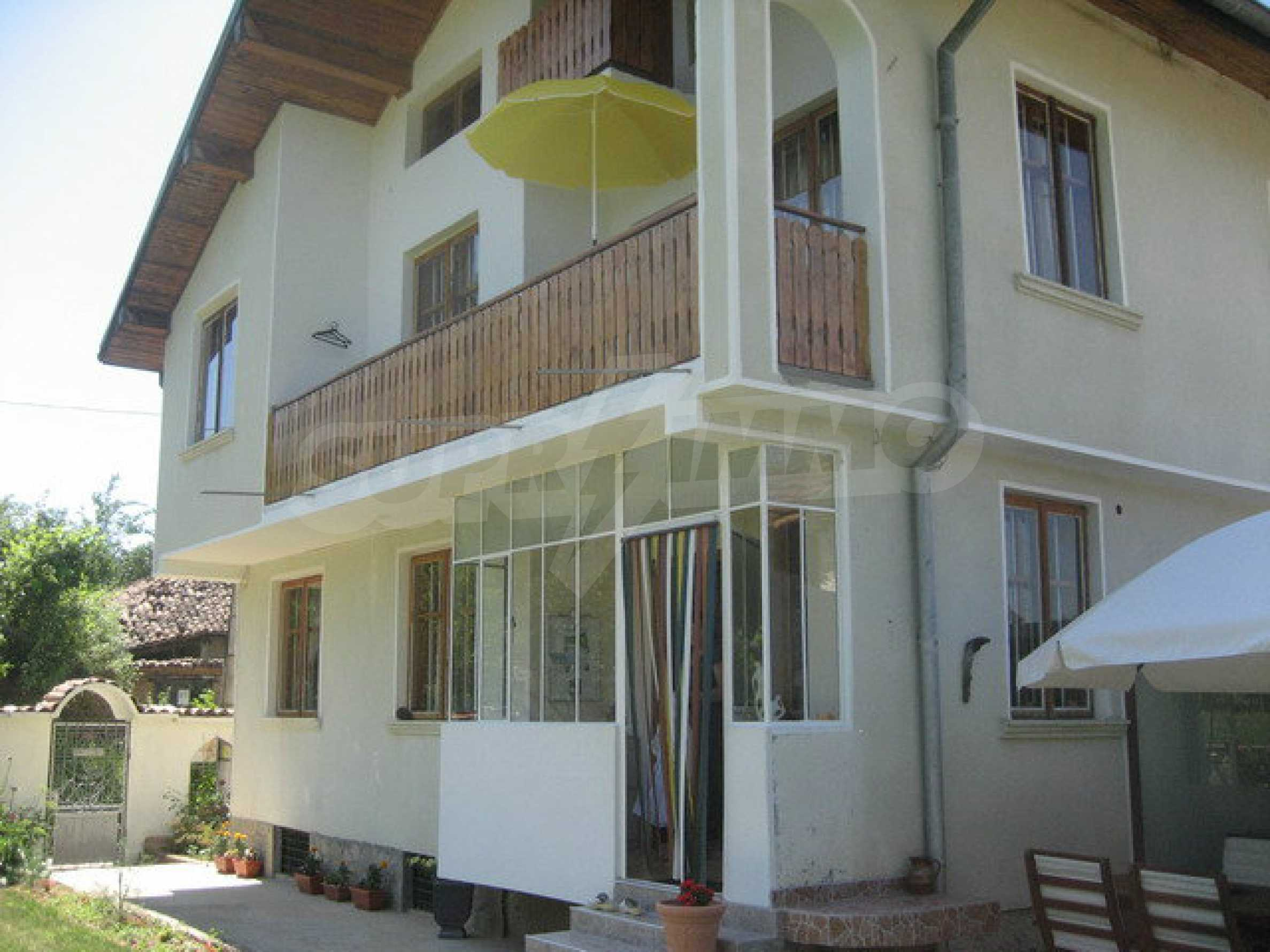 Spacious, fully furnished and extremely high quality property with well maintained garden in a village 20 km. from Veliko Tarnovo 12