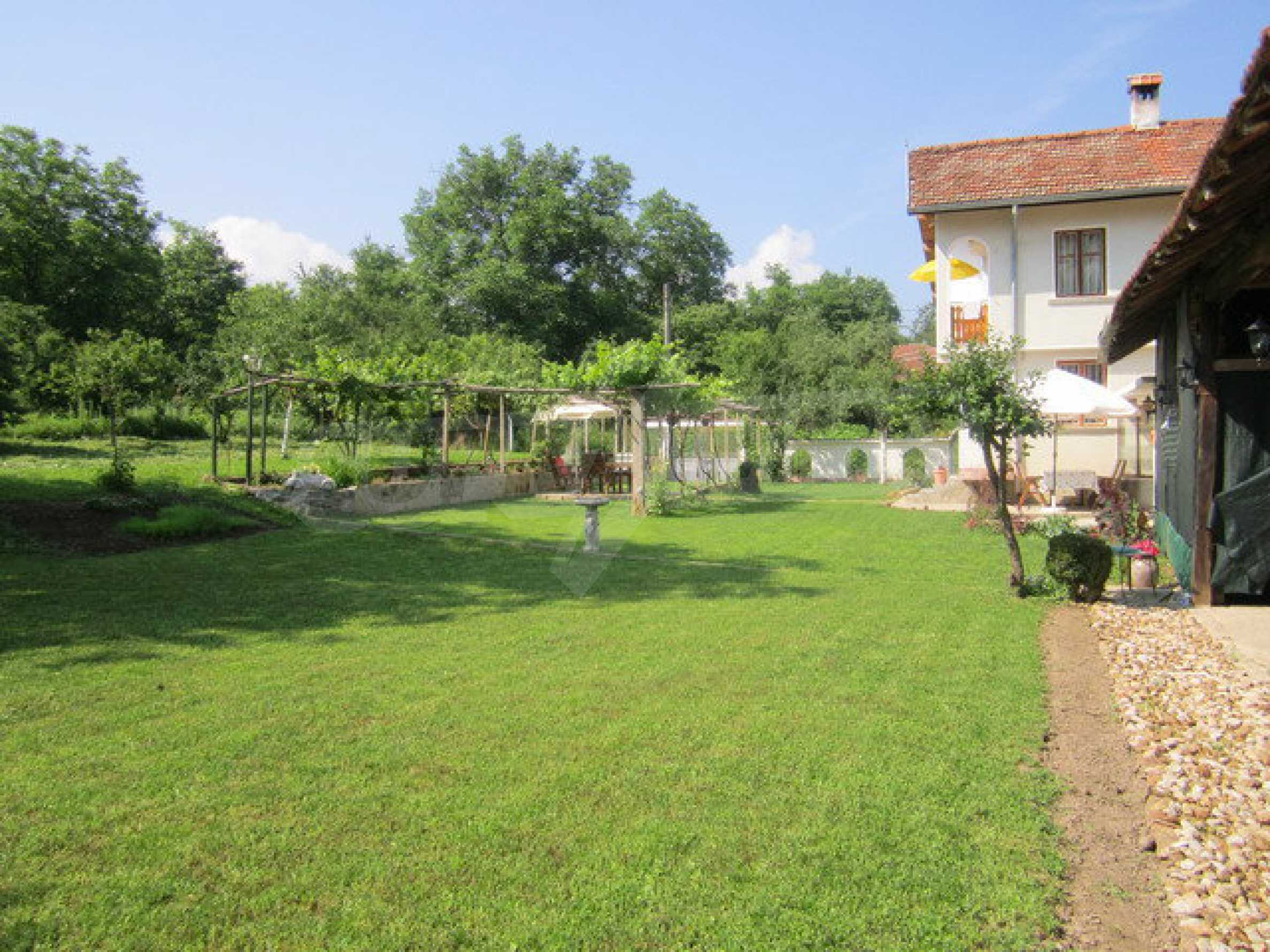 Spacious, fully furnished and extremely high quality property with well maintained garden in a village 20 km. from Veliko Tarnovo 1