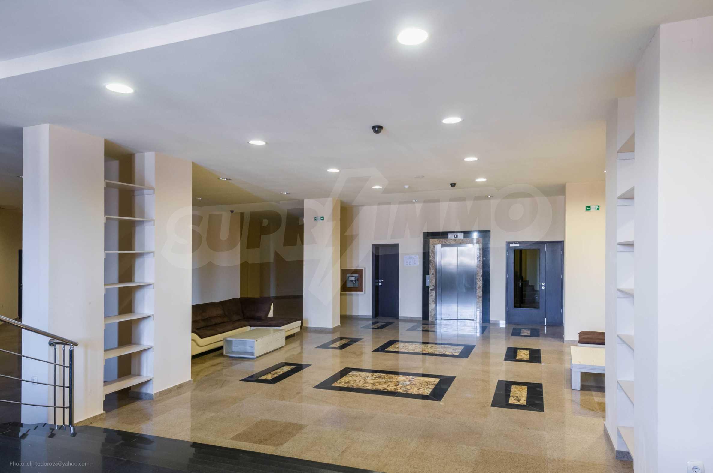 Mercedes Wohnung 44