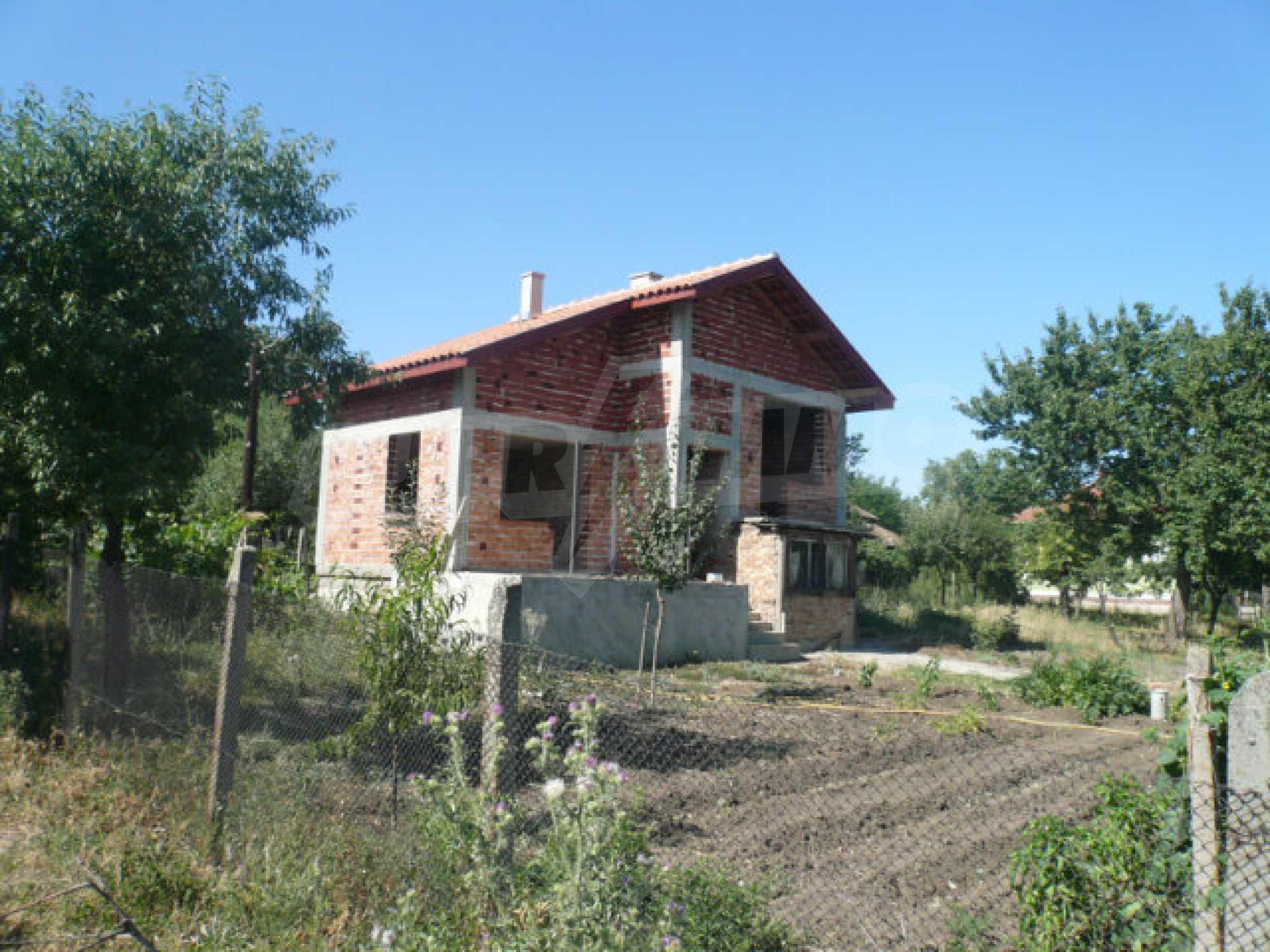 Geräumige Villa in rauer Bauweise, 10 km von Vidin entfernt 1