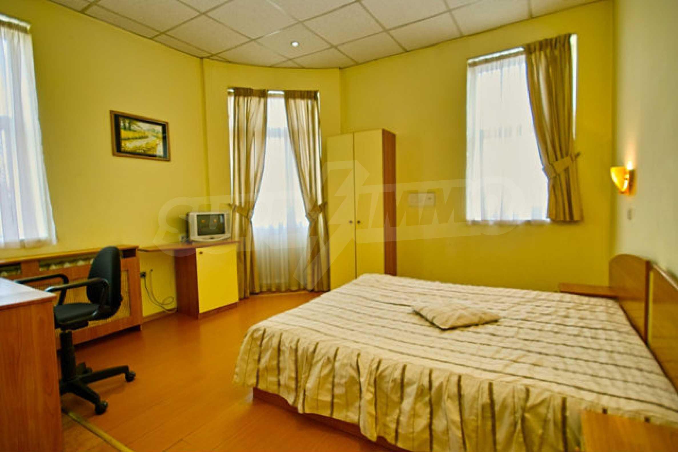 Hotel zum Verkauf im Zentrum von Sofia 9