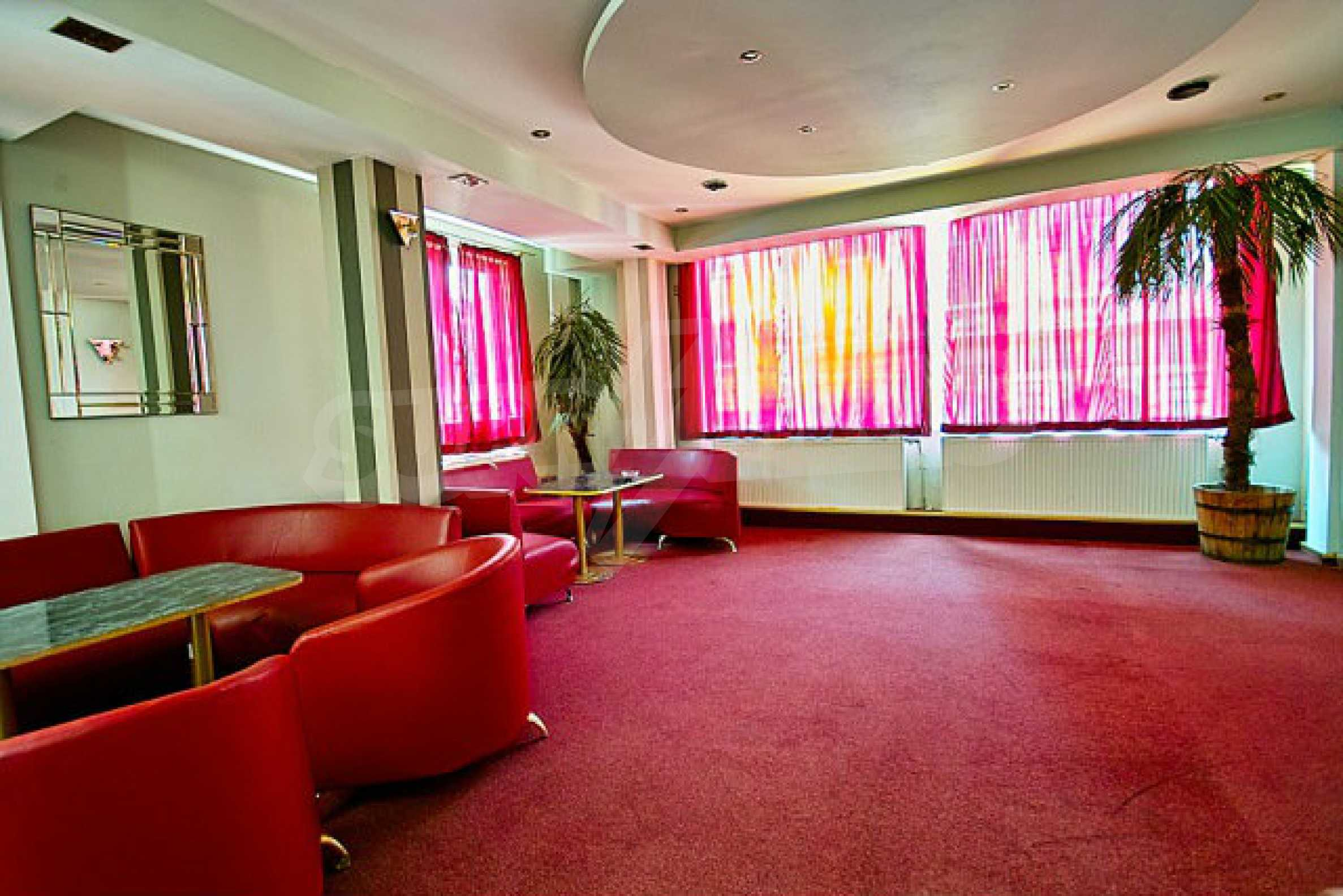 Hotel zum Verkauf im Zentrum von Sofia 14
