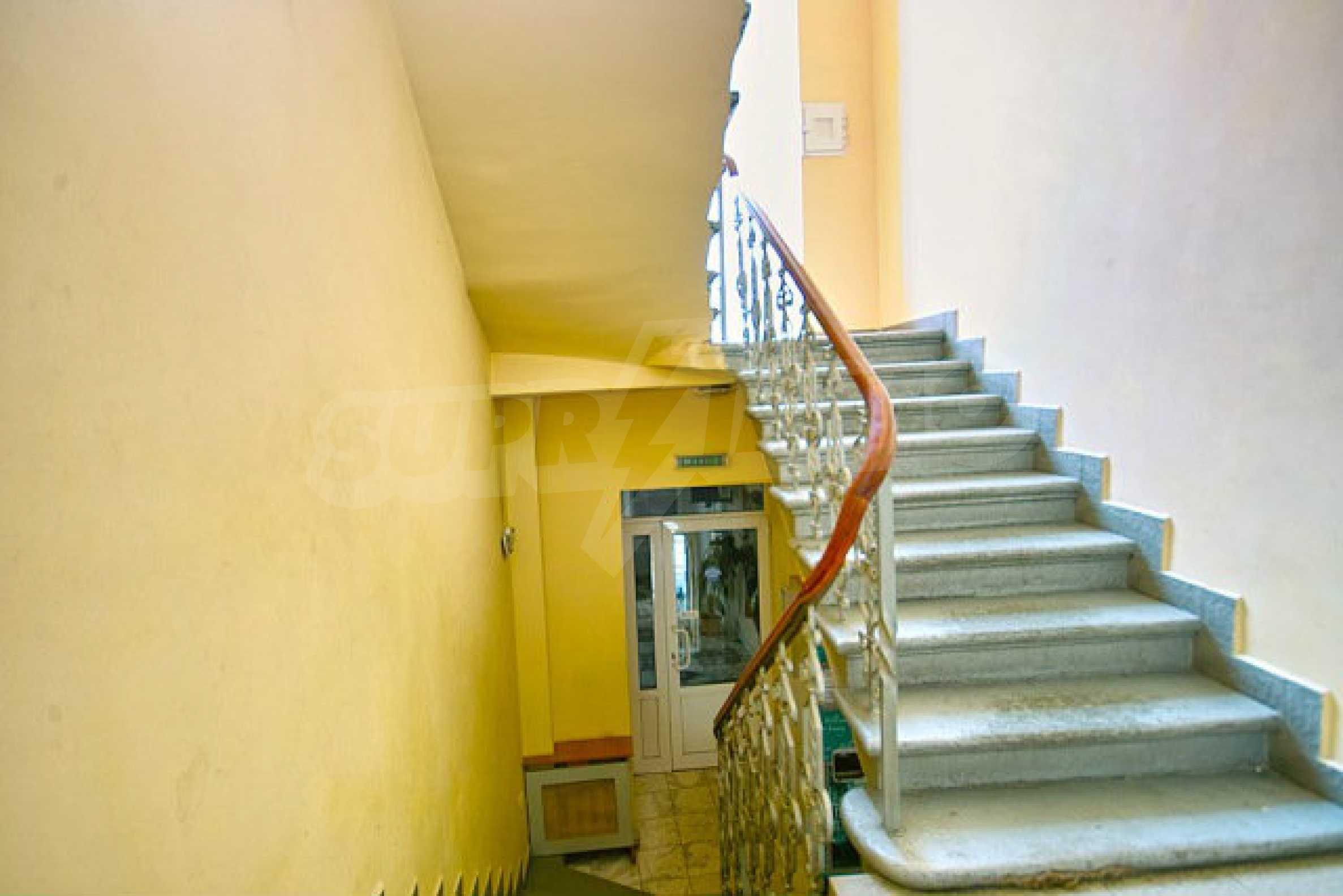 Hotel zum Verkauf im Zentrum von Sofia 19
