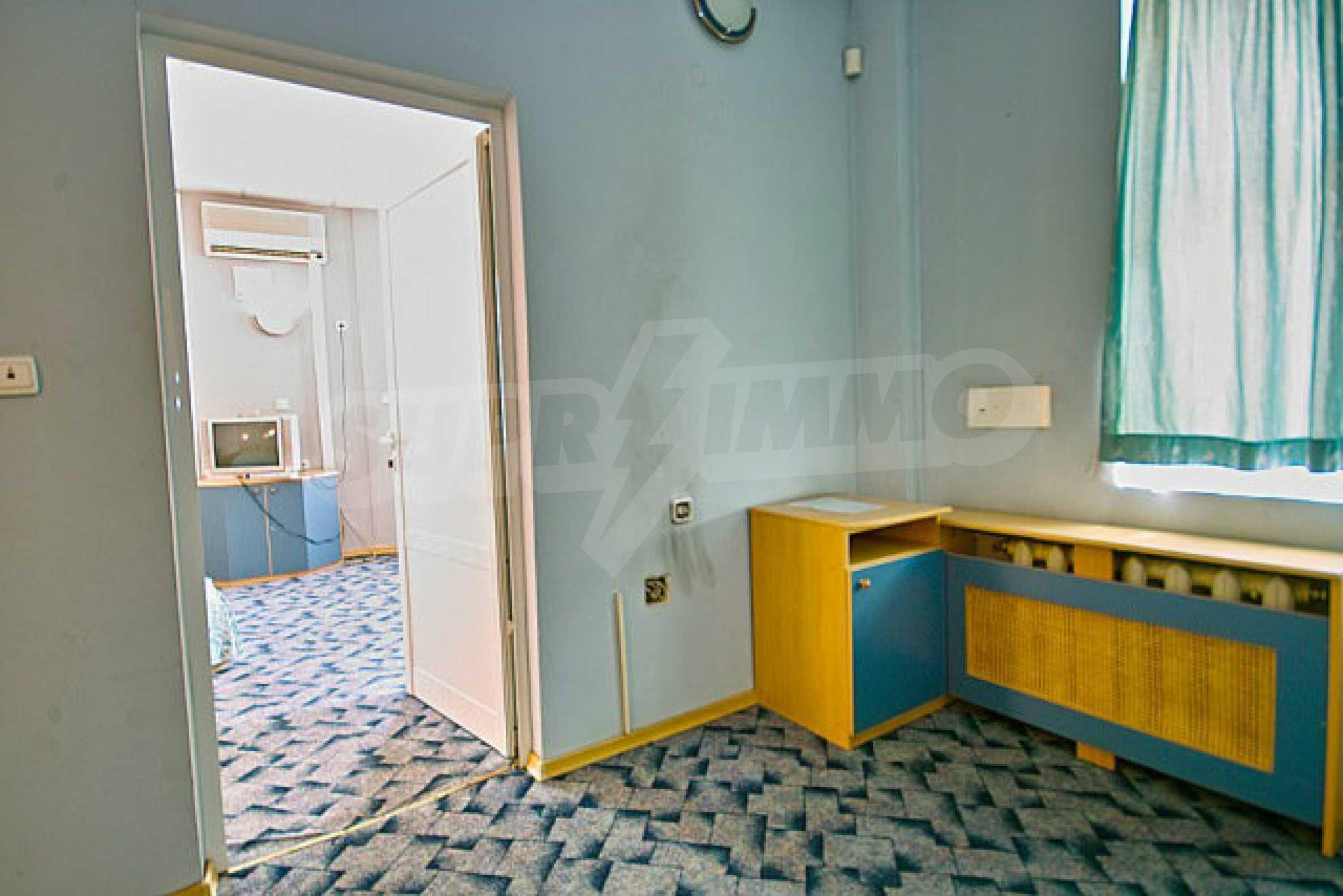 Hotel zum Verkauf im Zentrum von Sofia 3