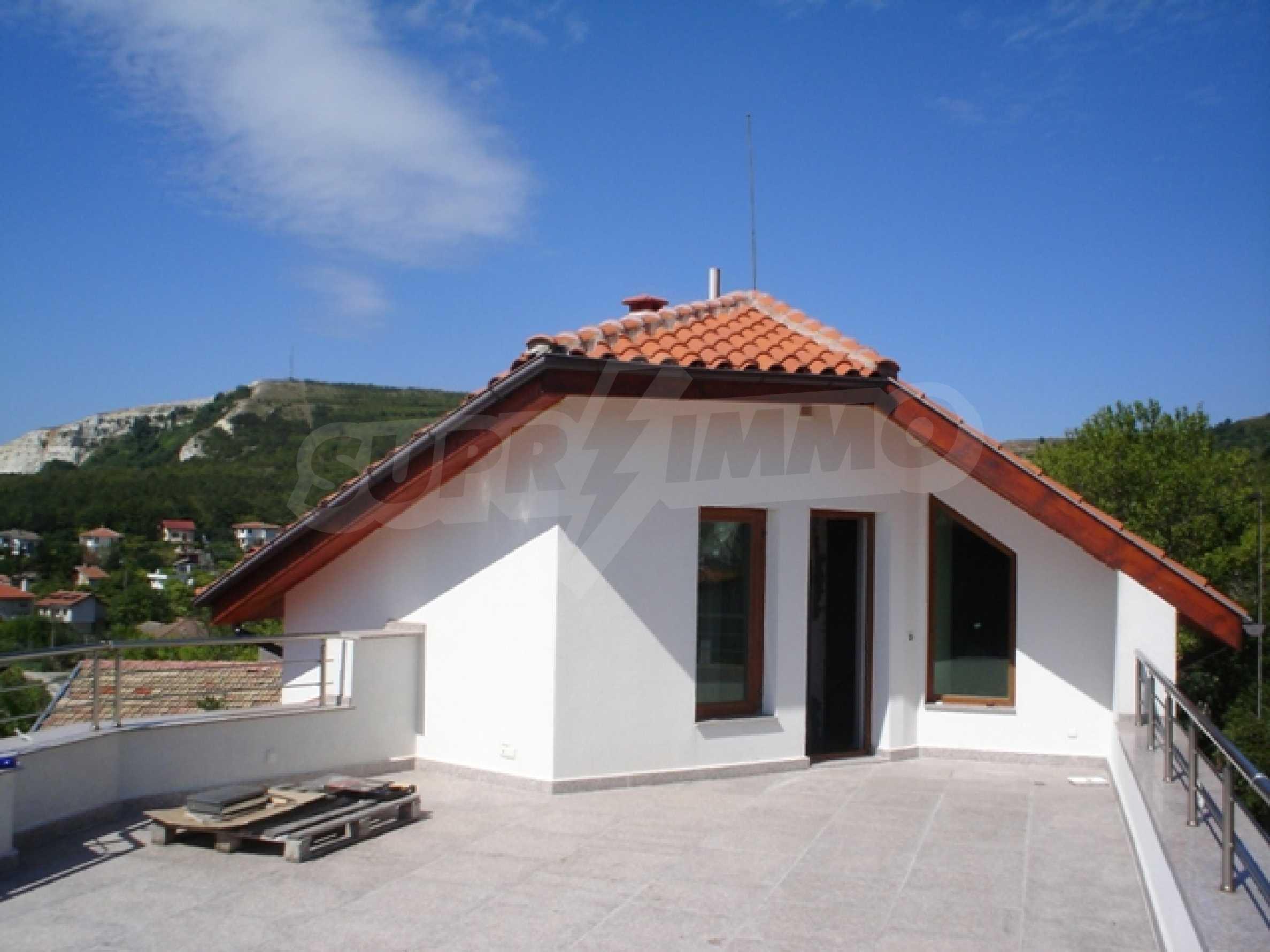 Haus mit zwei Türmen 2