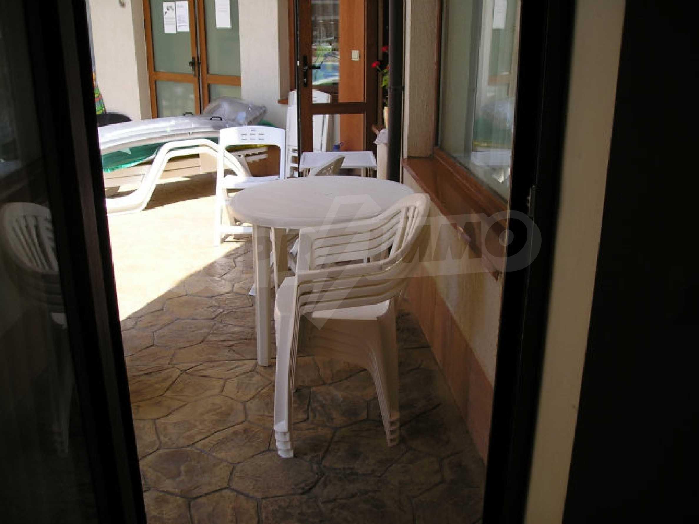 Ein-Zimmer-Wohnung zum Verkauf in Victor Komplex in Saint Vlas 14