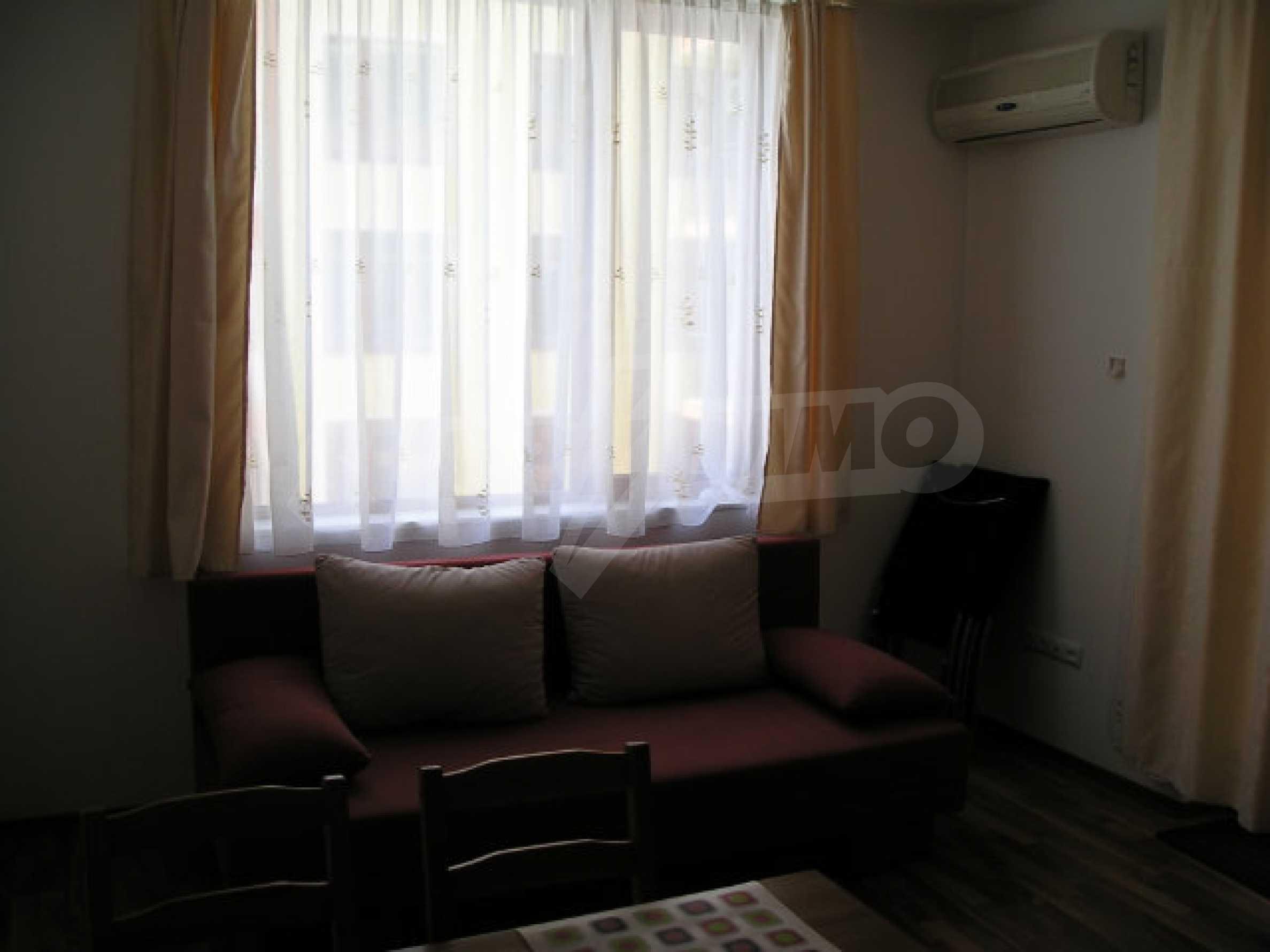 Ein-Zimmer-Wohnung zum Verkauf in Victor Komplex in Saint Vlas 20