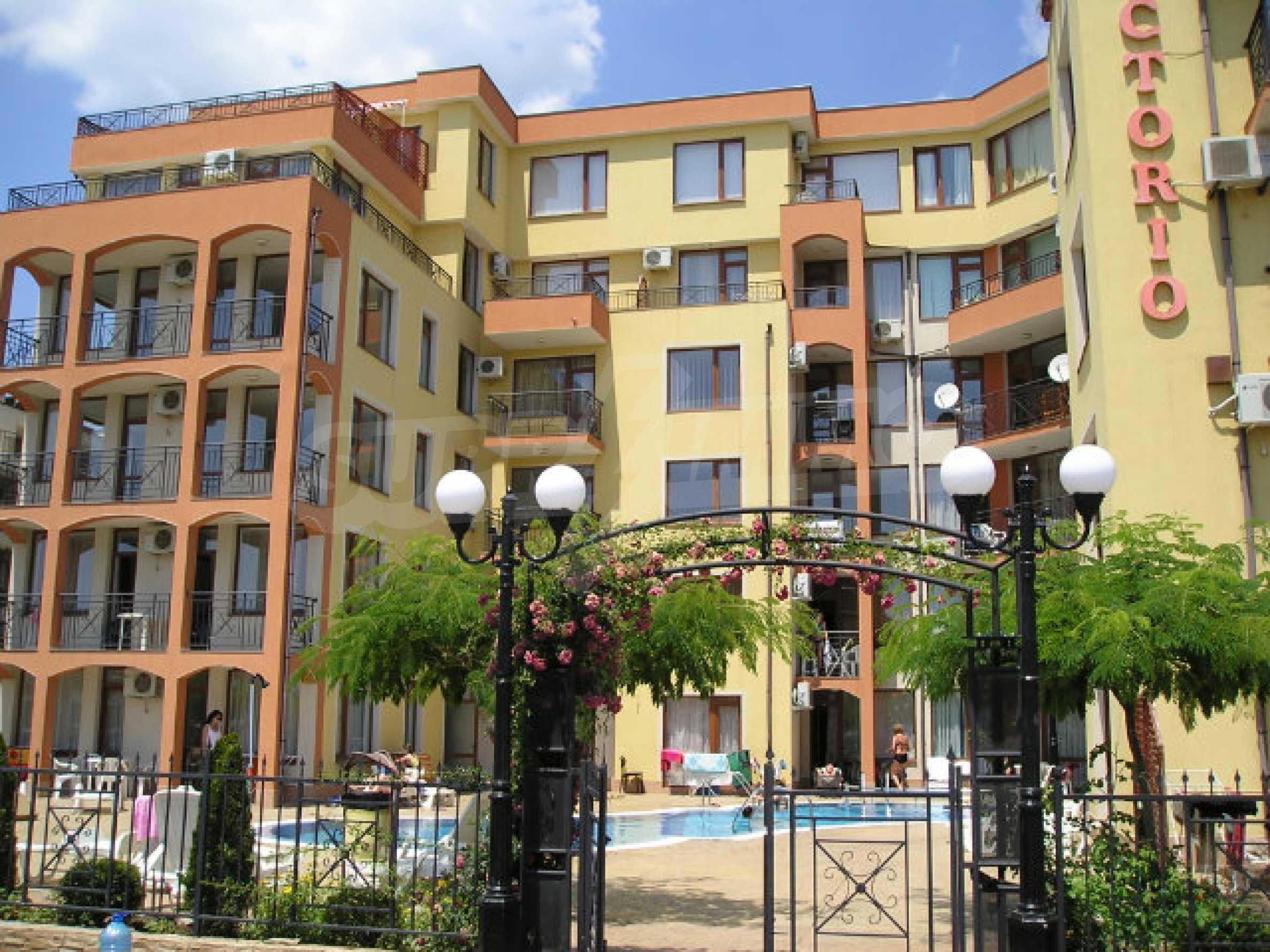Ein-Zimmer-Wohnung zum Verkauf in Victor Komplex in Saint Vlas 3