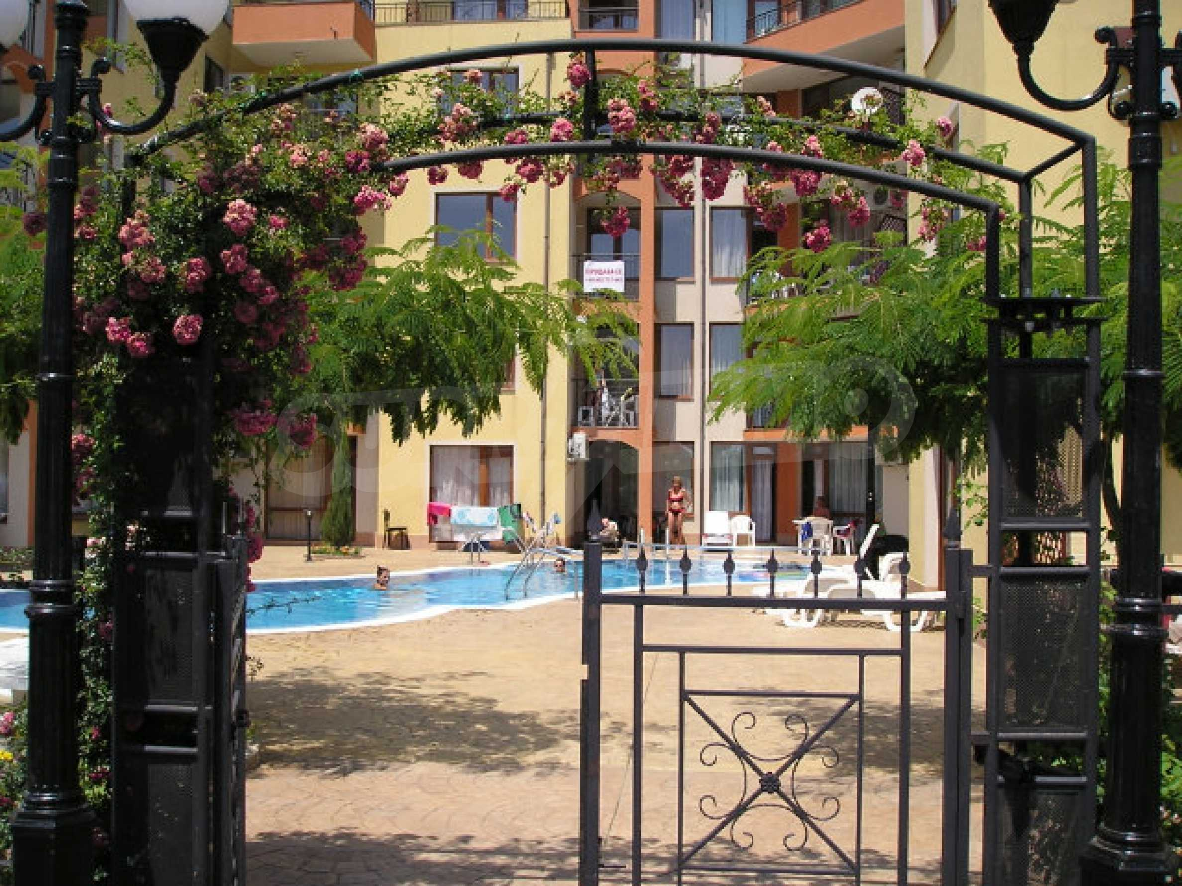 Ein-Zimmer-Wohnung zum Verkauf in Victor Komplex in Saint Vlas 4