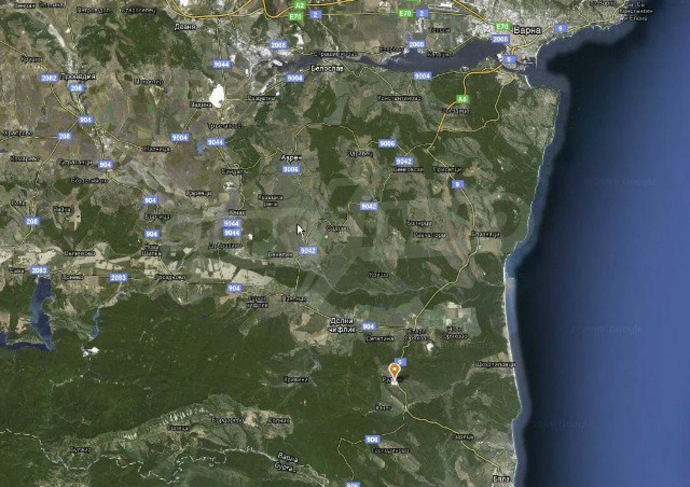 Geregeltes Land im Dorf Rudnik 15
