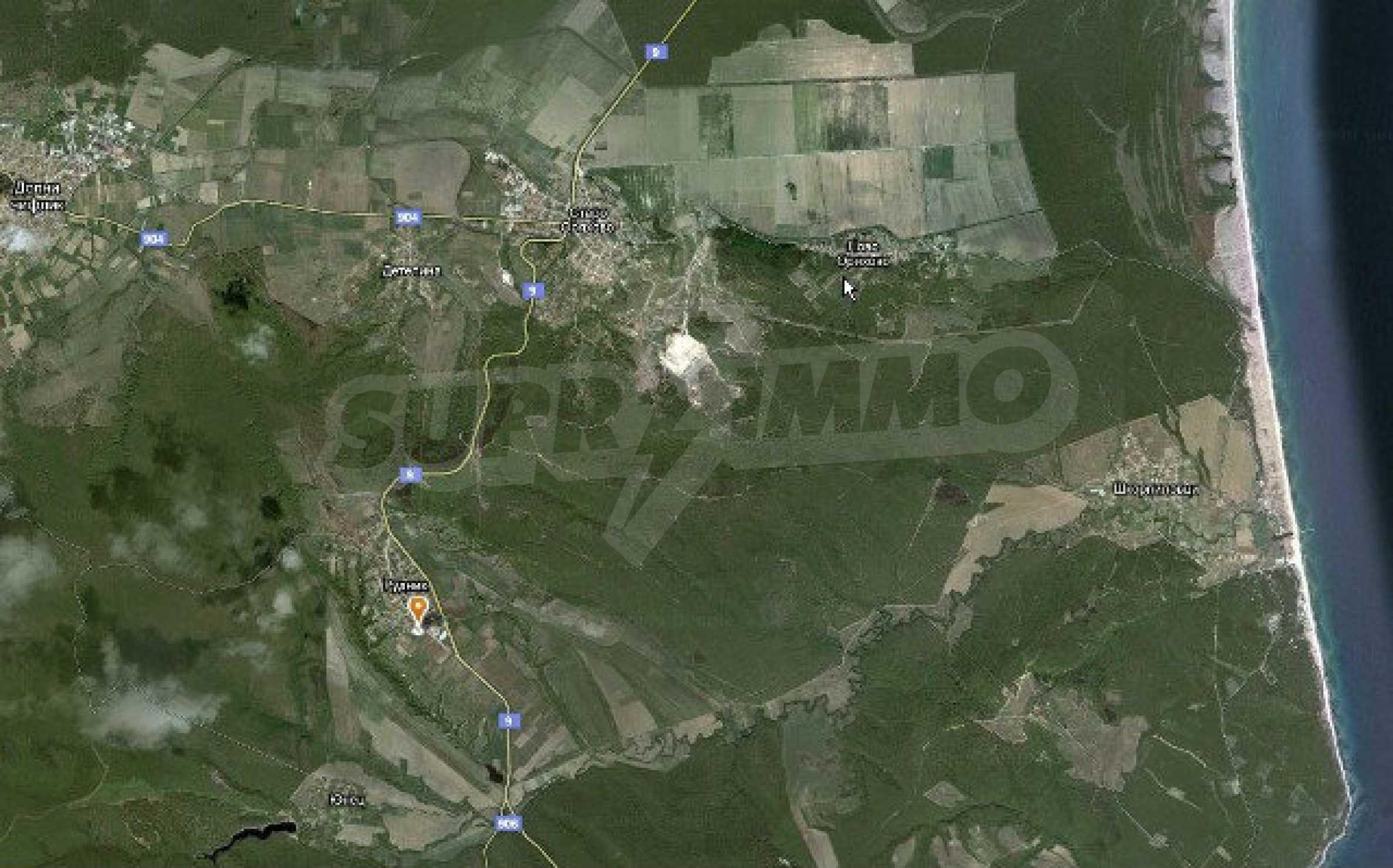 Geregeltes Land im Dorf Rudnik 23