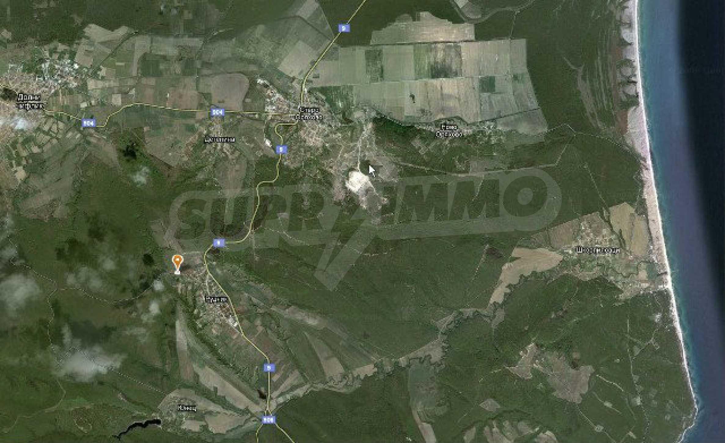Geregeltes Land im Dorf Rudnik 32