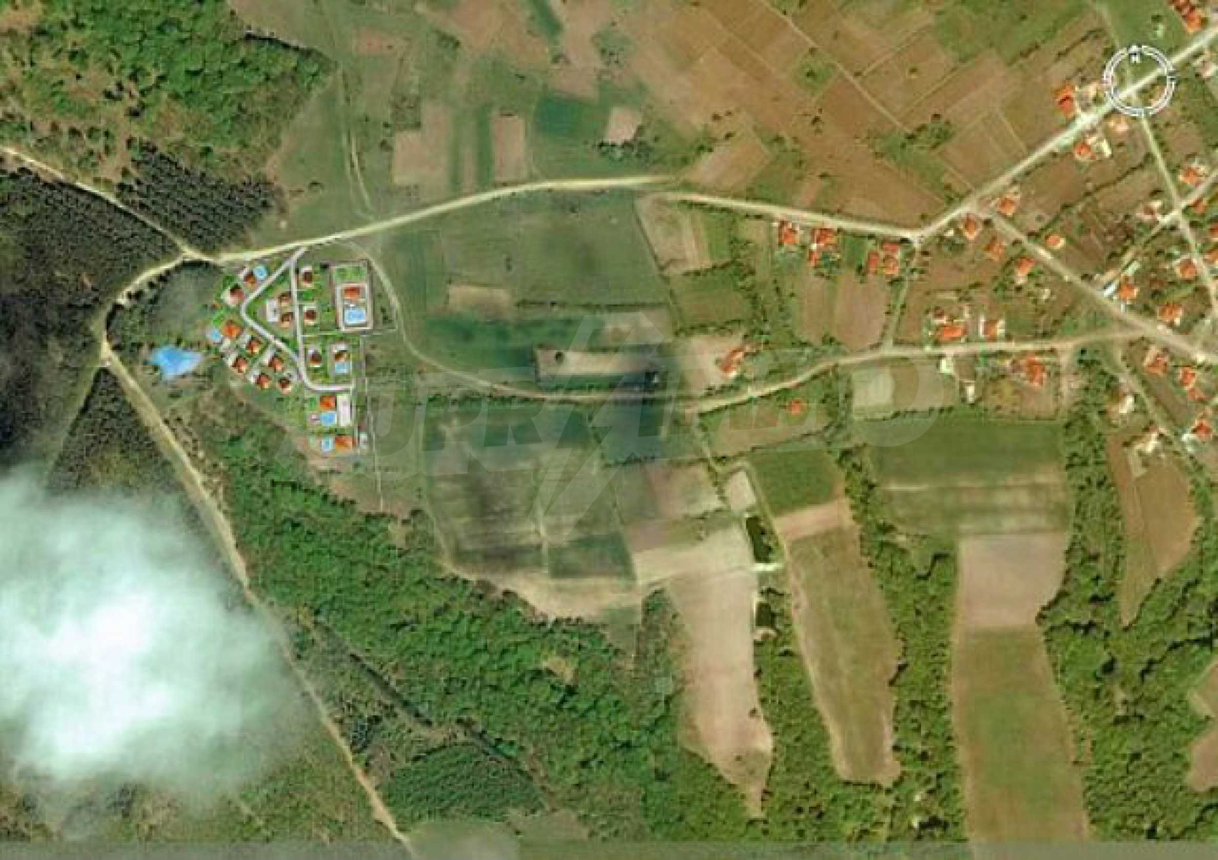 Geregeltes Land im Dorf Rudnik 6