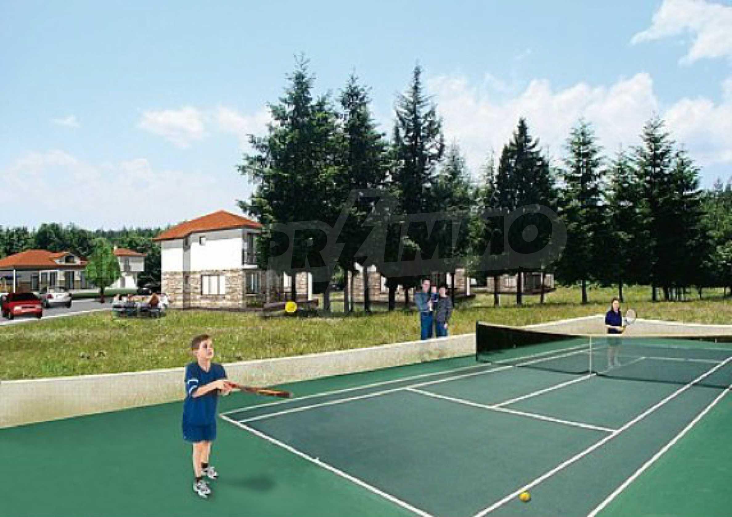 Geregeltes Land im Dorf Rudnik 14