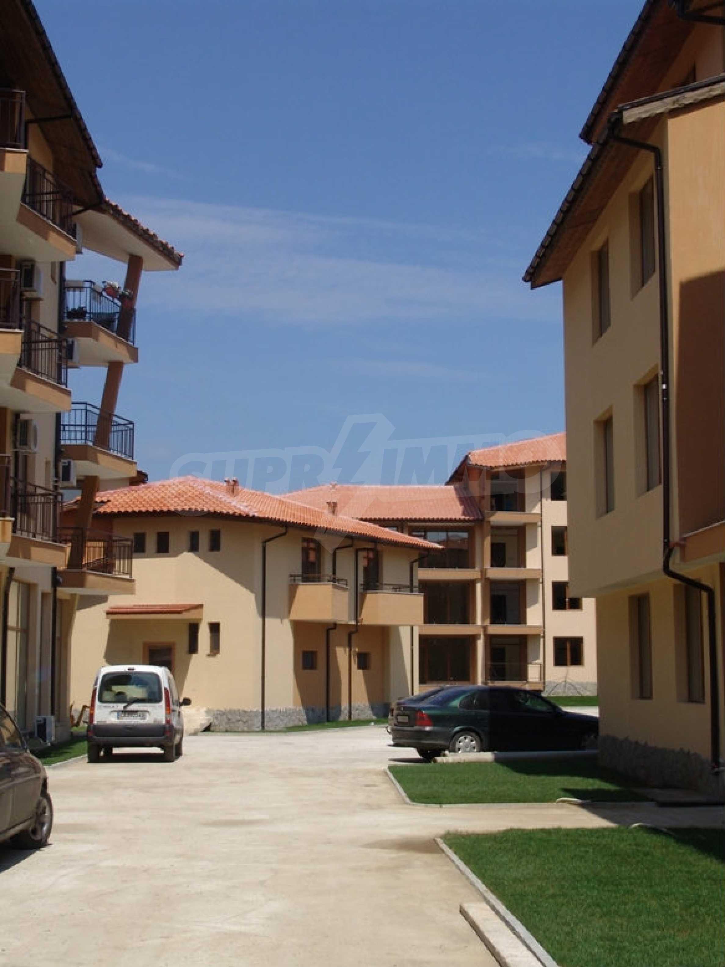 Studios und Apartments im Nestinarka-Komplex in Tsarevo 9