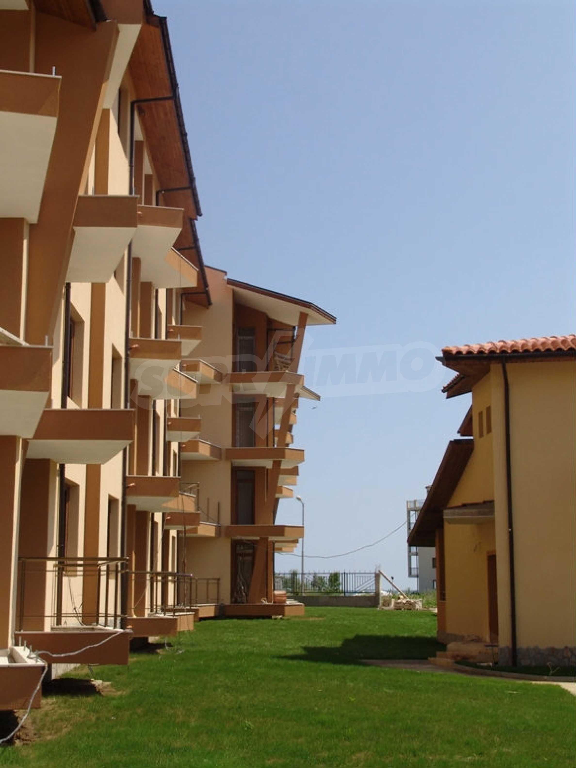 Studios und Apartments im Nestinarka-Komplex in Tsarevo 14