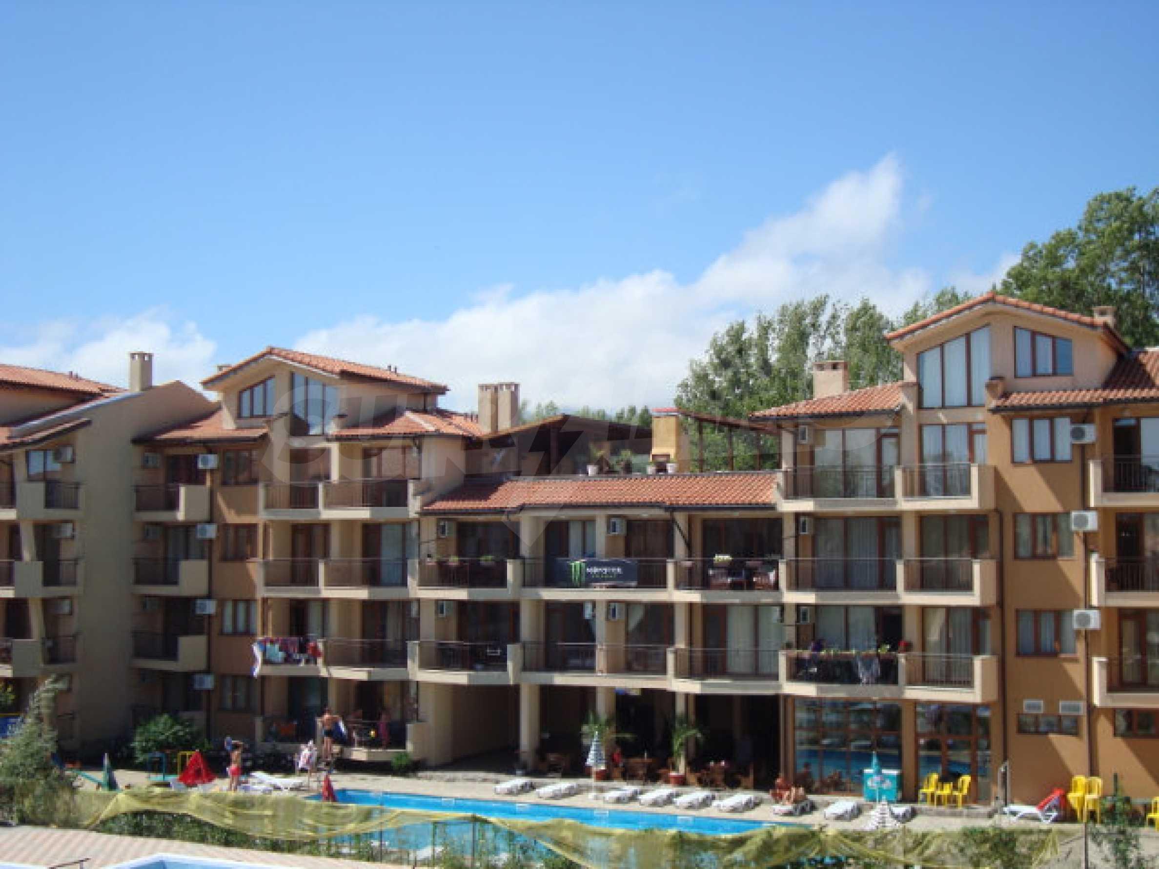 Studios und Apartments im Nestinarka-Komplex in Tsarevo 1