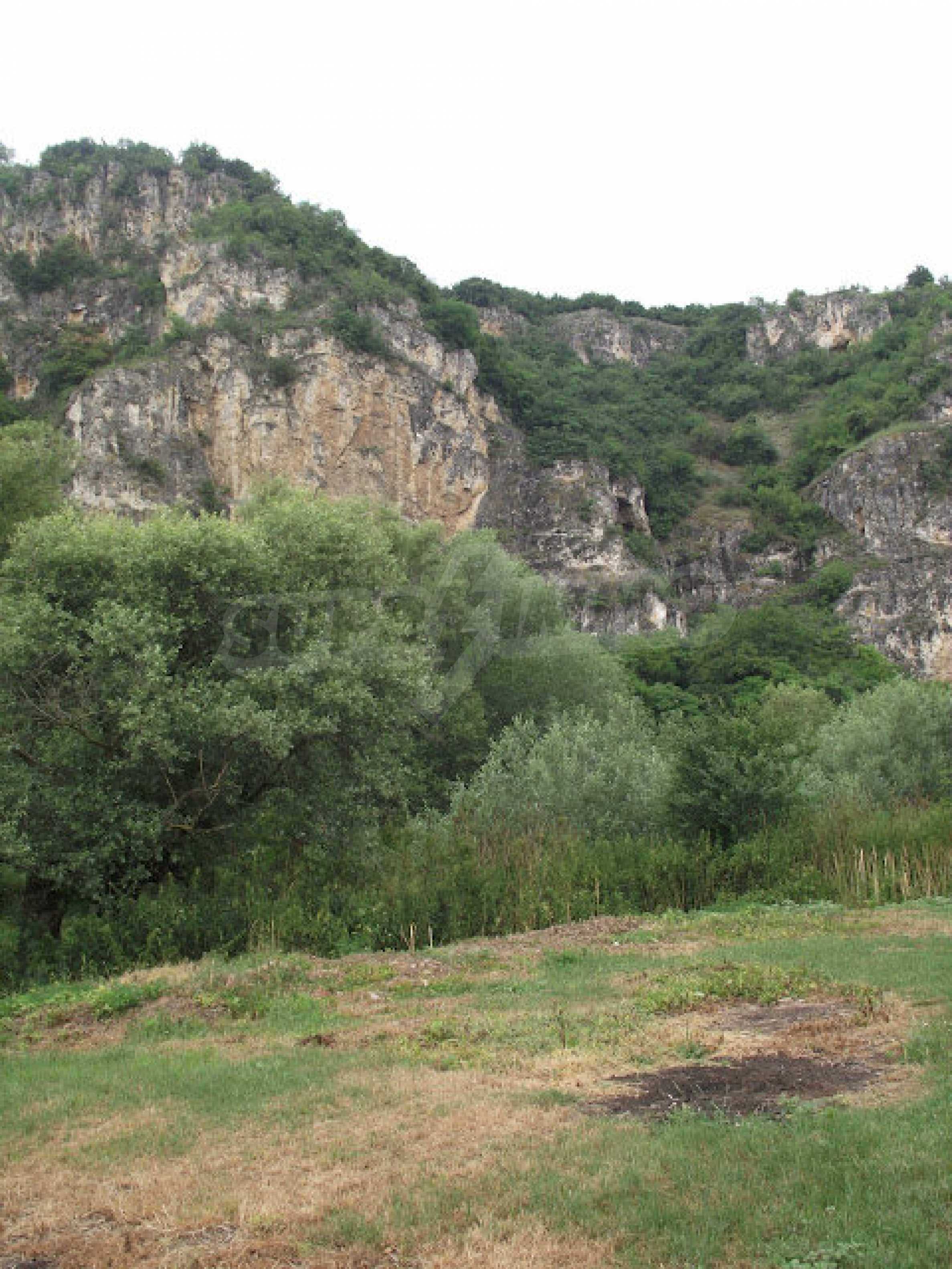 Zwei Immobilien in einem Dorf in der Nähe von Popovo 18