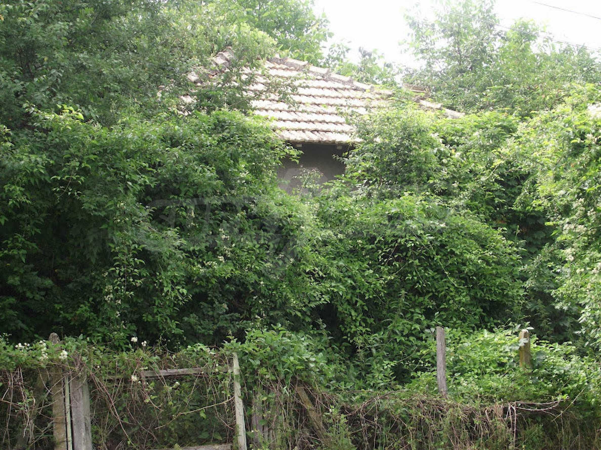 Zwei Immobilien in einem Dorf in der Nähe von Popovo 20