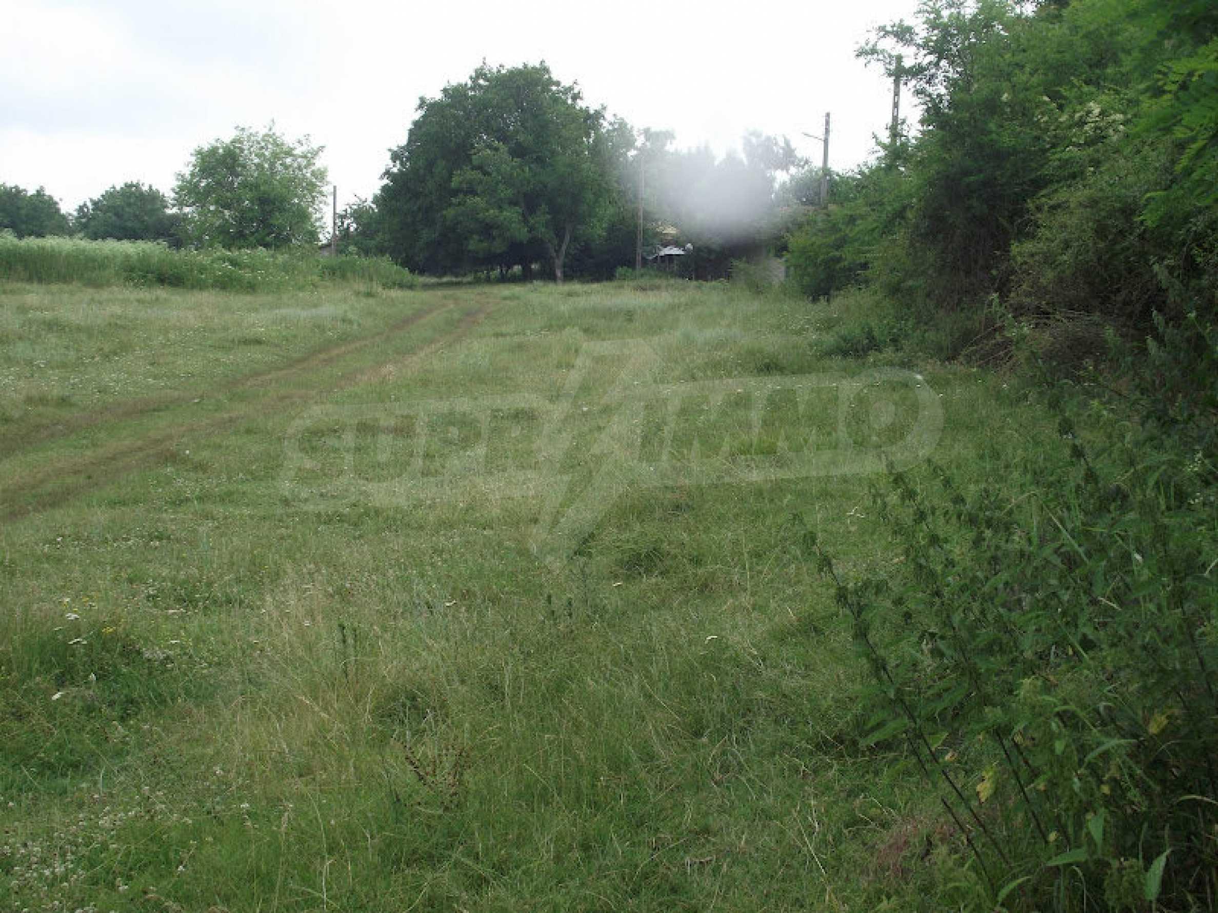 Zwei Immobilien in einem Dorf in der Nähe von Popovo 35