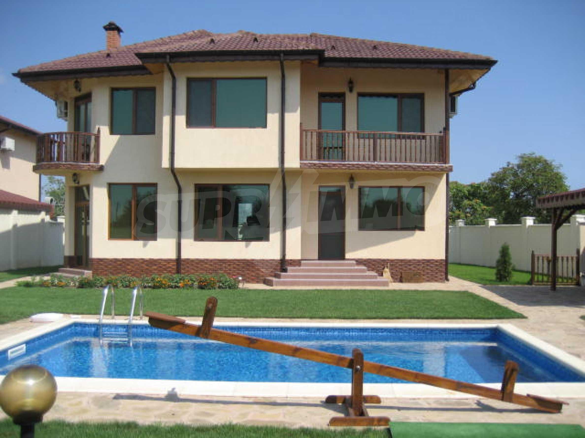 Haus in Kavarna 21