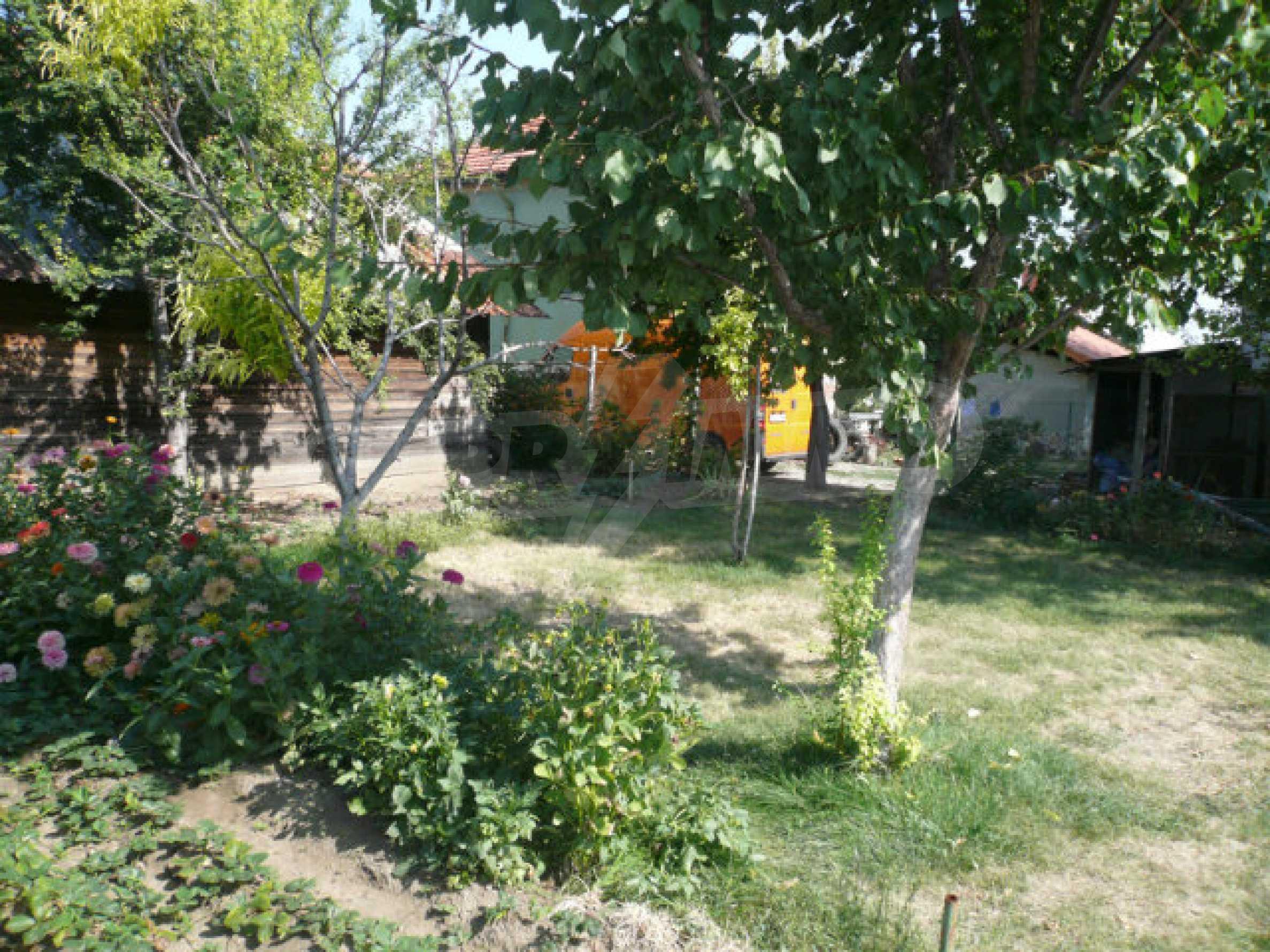 Schönes und solides zweistöckiges Landhaus in der Nähe von Vidin 9