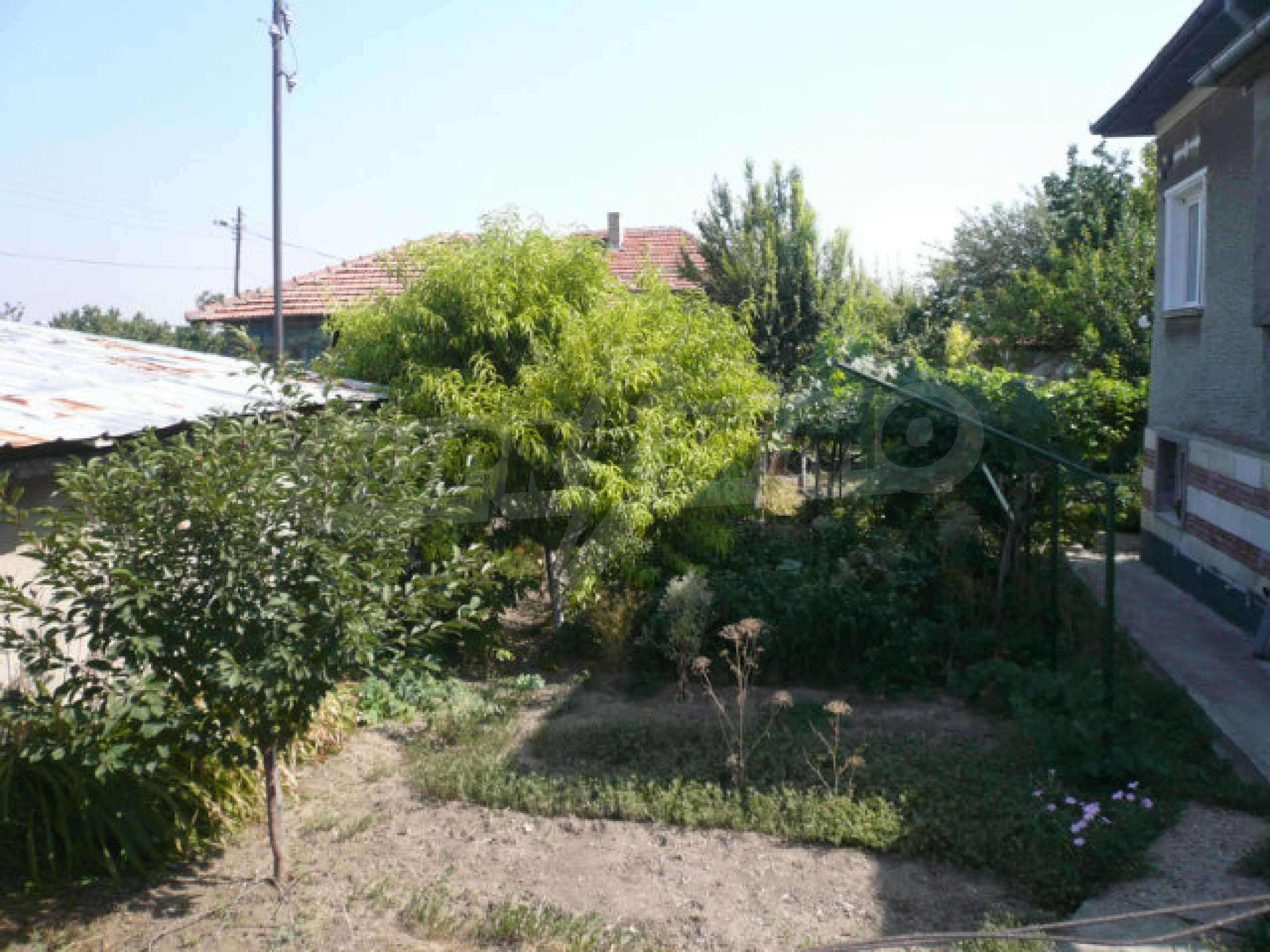 Beautiful, solid and furnished two-storey house near Vidin 10