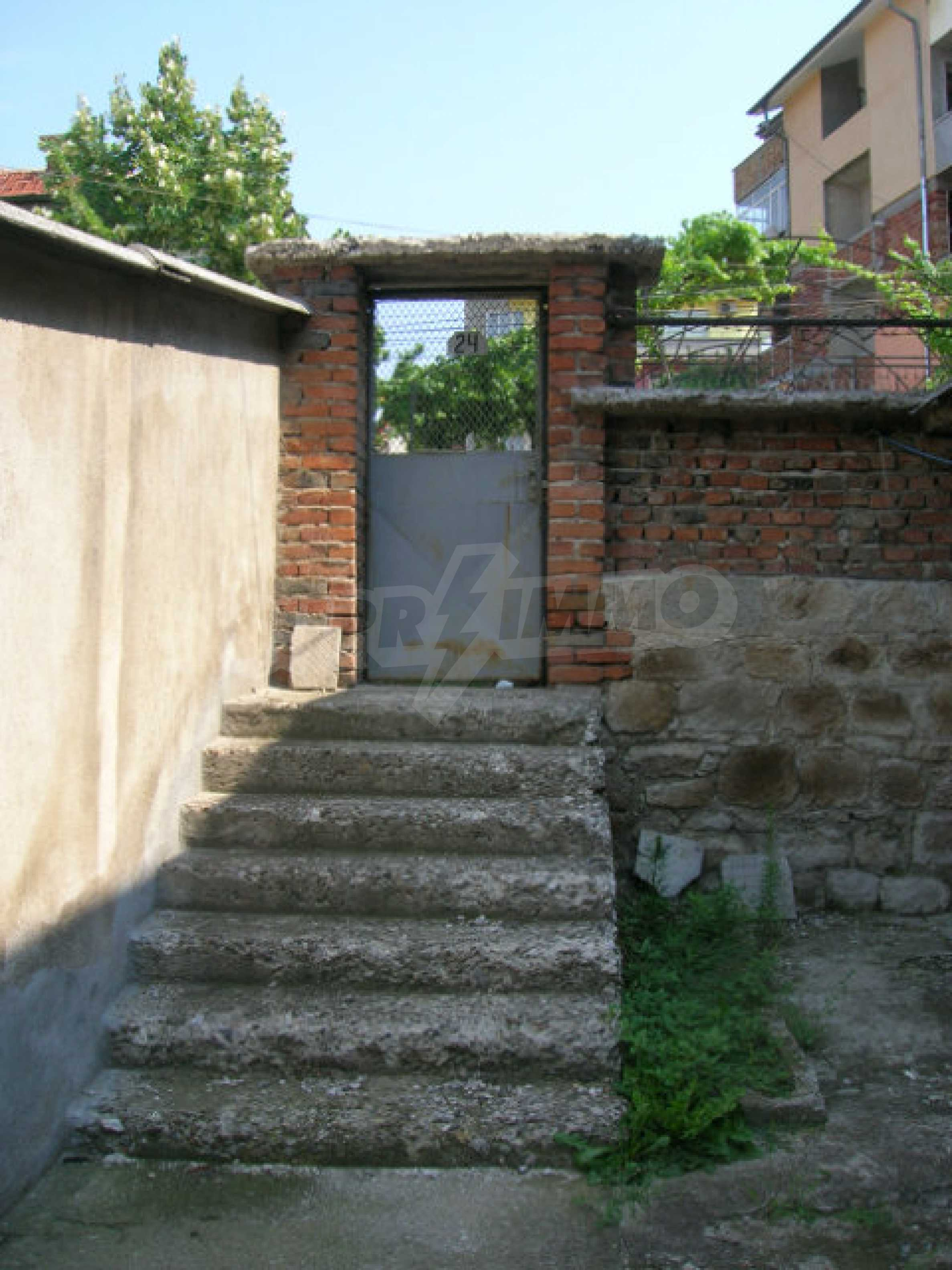 Spacious house with garden for sale in Haskovo 16