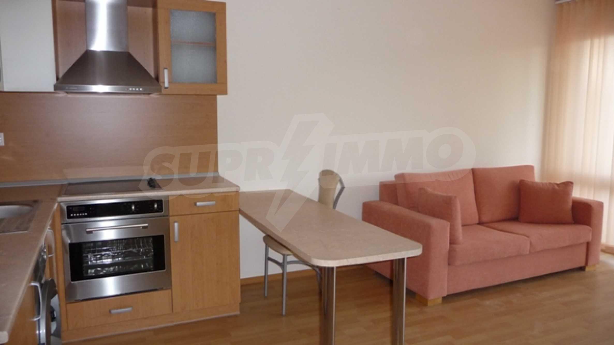 Schönes Studio in einem modernen Komplex in Kavarna 7