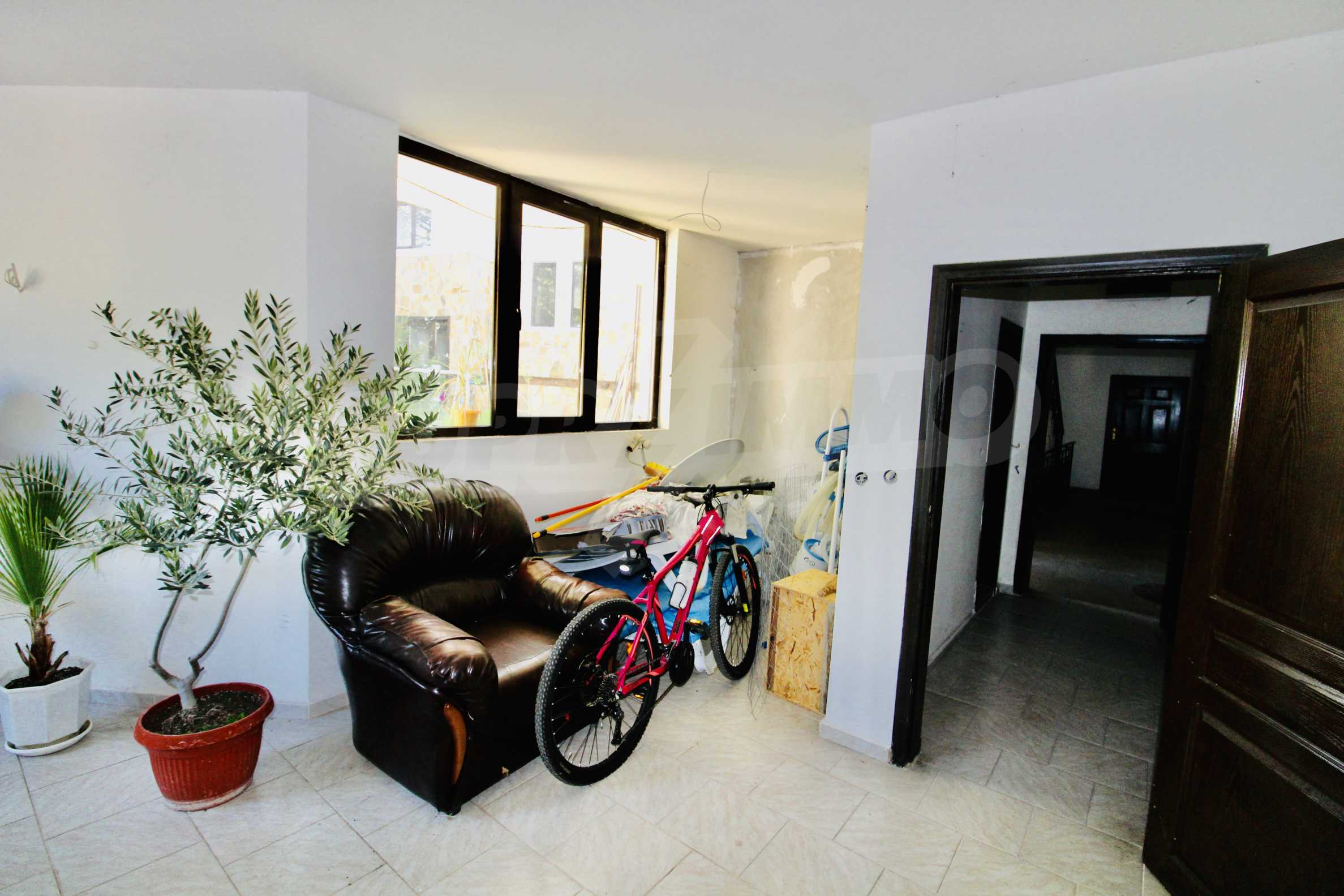 Two bedroom apartment with parking space and a cellar in the famous architectural reserve of Arbanassi  3