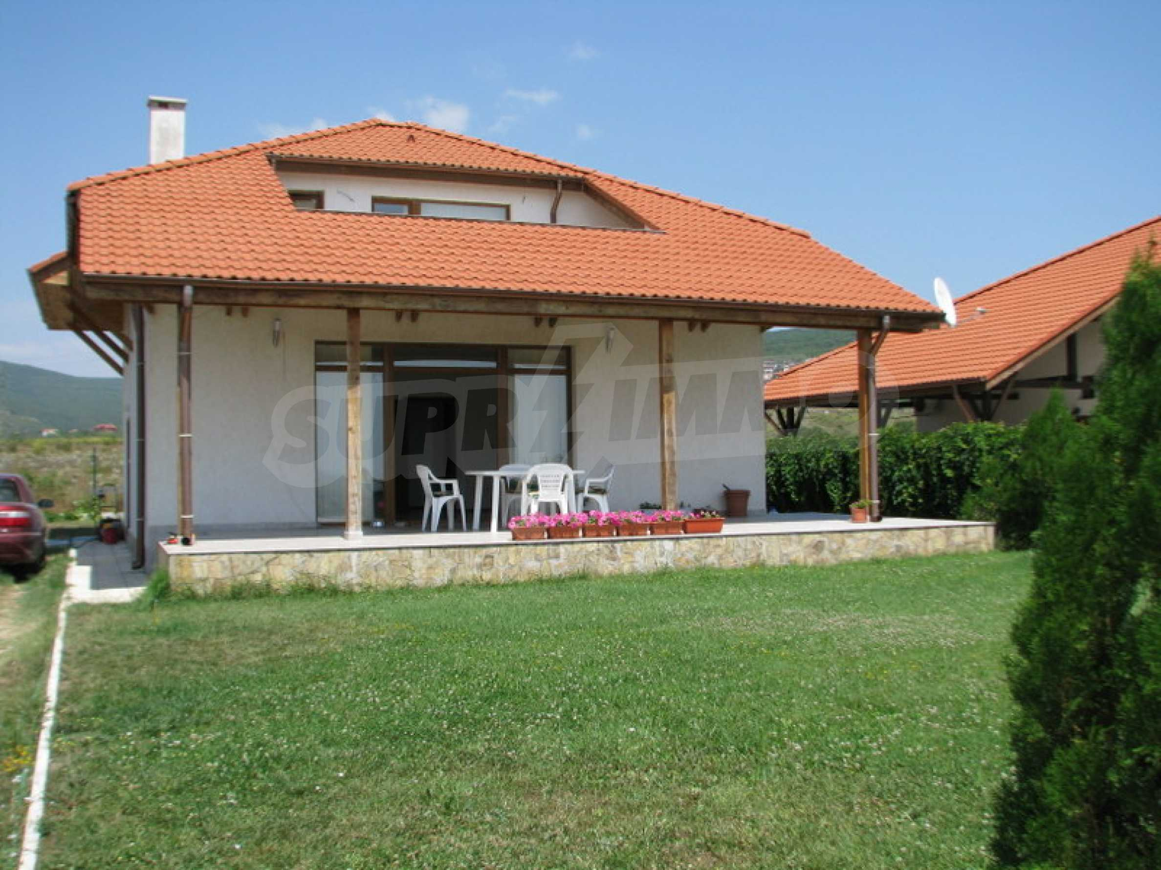 Zweistöckige Villa in Kosharitsa 1