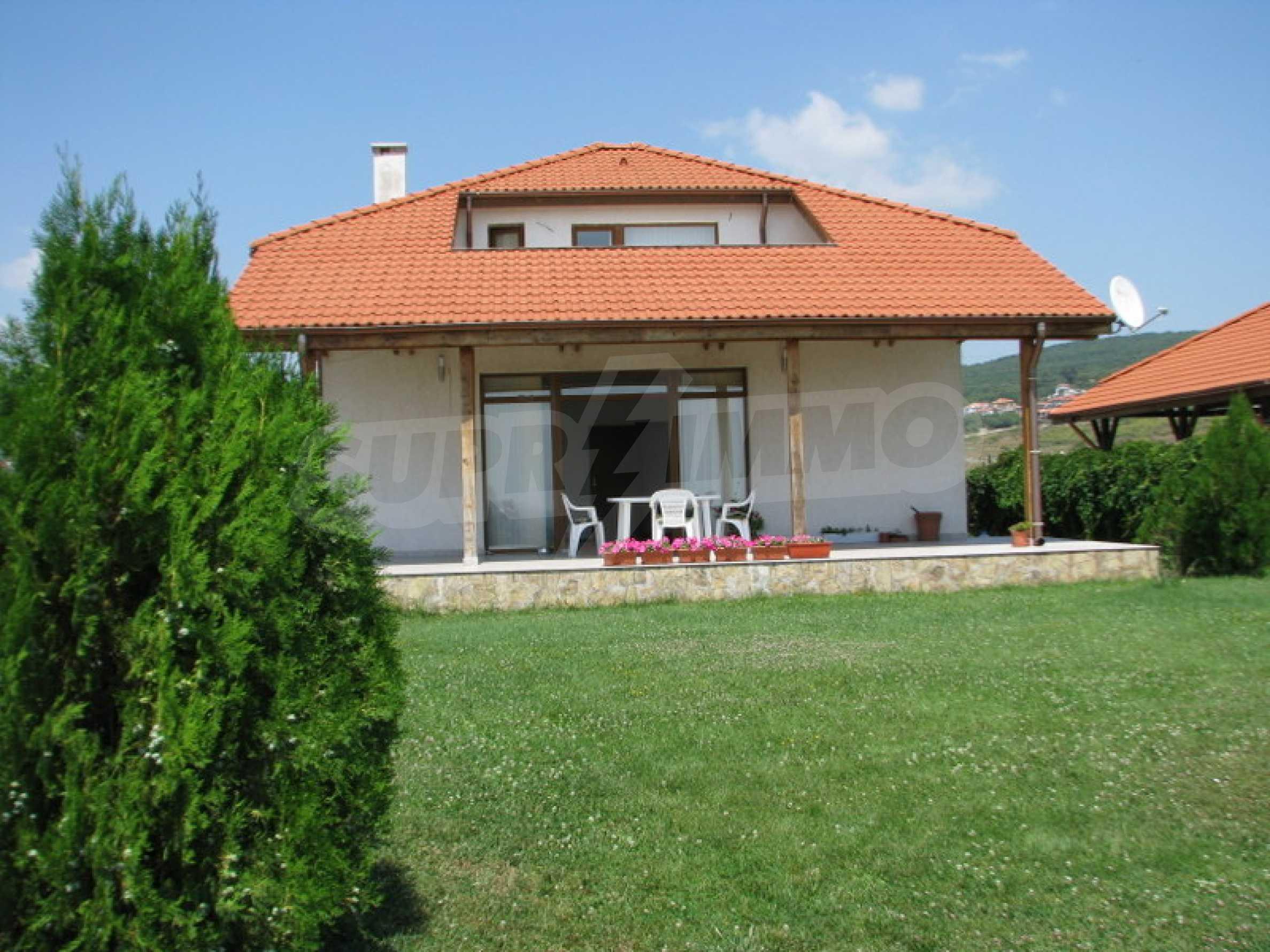 Zweistöckige Villa in Kosharitsa 2