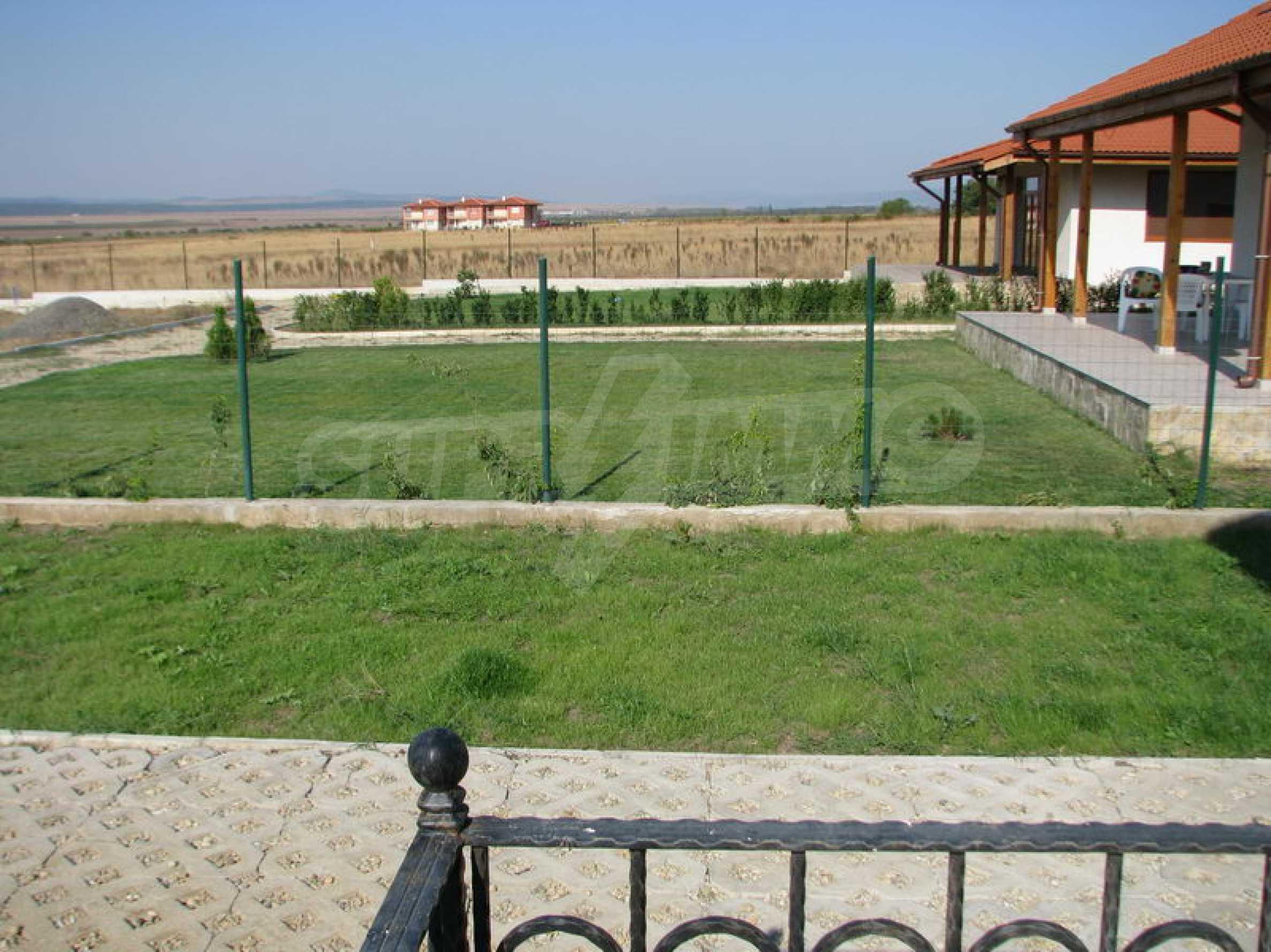 Zweistöckige Villa in Kosharitsa 6