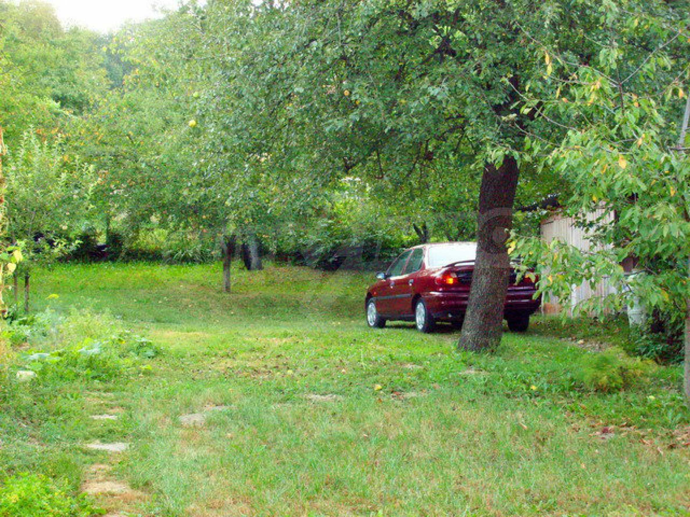 Zweigeschossiges Stadthaus, geeignet für zwei Familien in Gabrovo 5